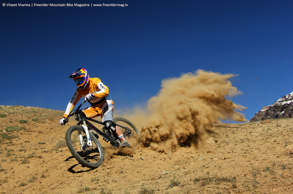 Guido Tschugg making everybody eat dust in the Indian Himalayas. - www.freeridermag.in