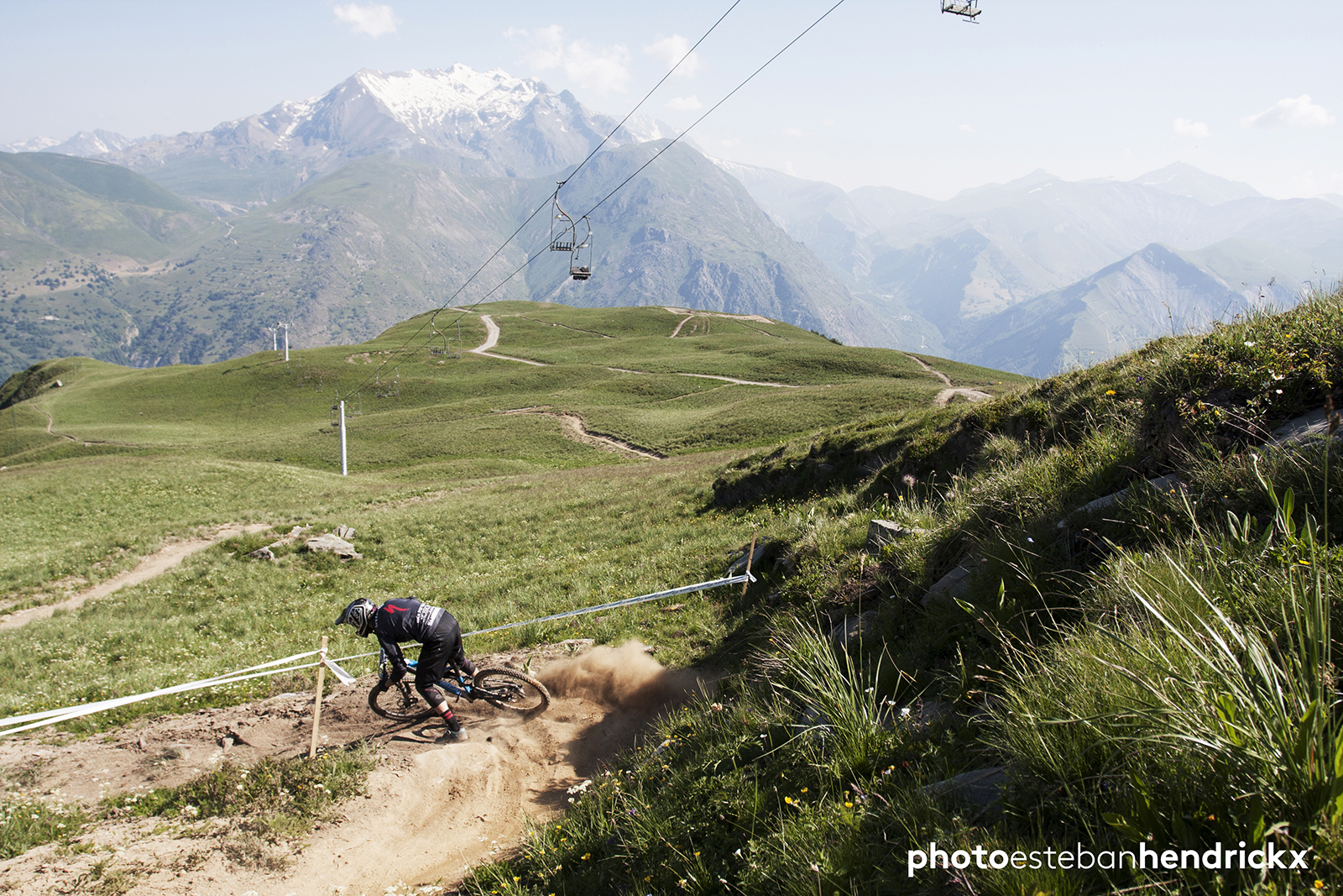 Day one of training in Les Deux Alpes, France for the Enduro World Series. SS1, top of the track. Photo by Esteban Hendrickx - estebanhe.com