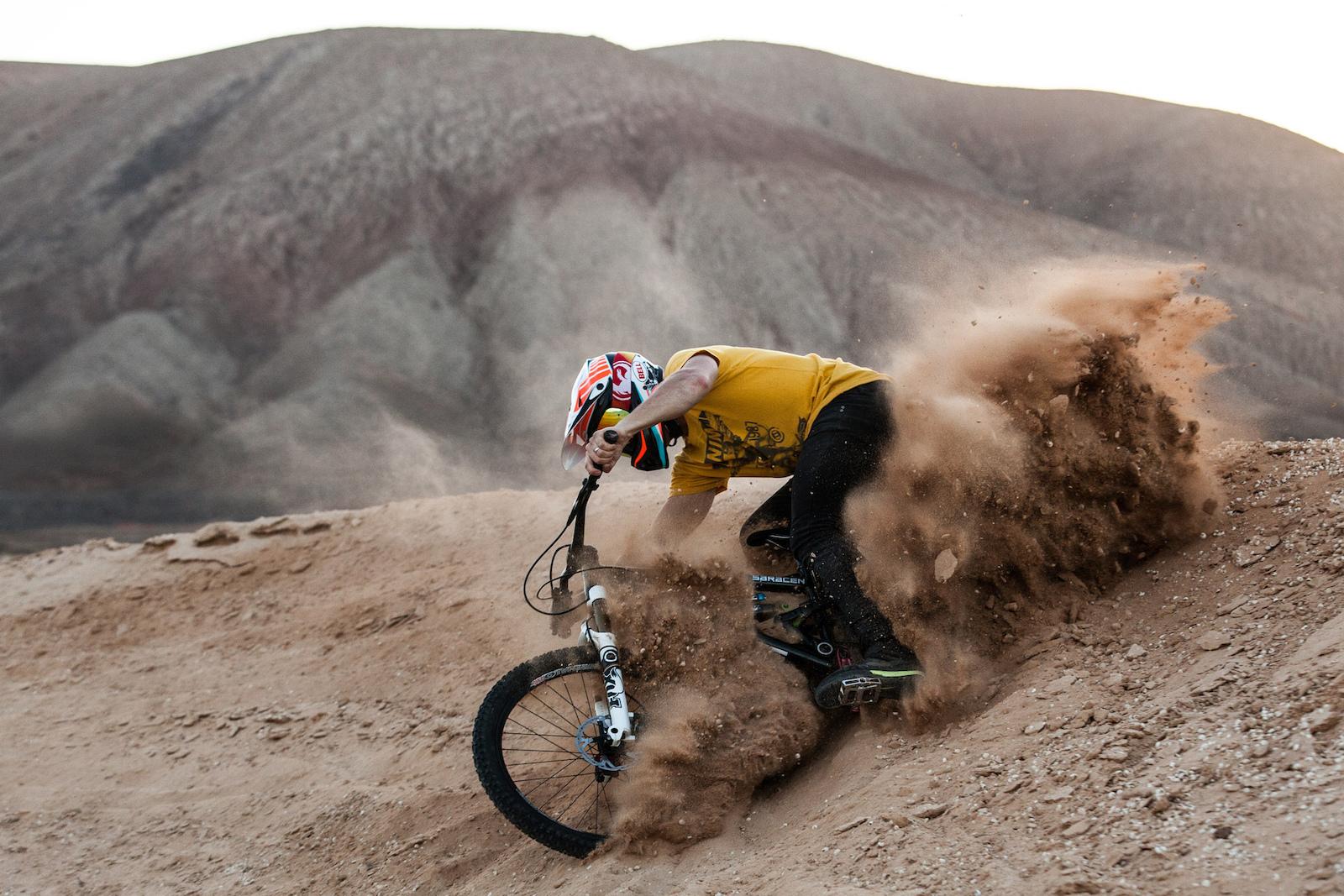 shredding dirt into dust saracen 2014 catalogue