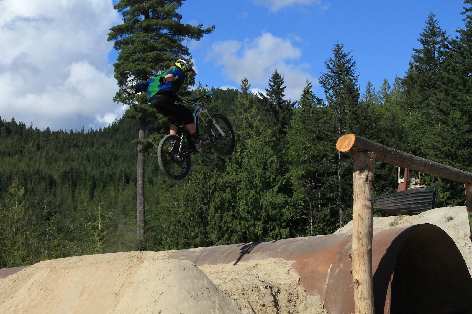 Noah Allmans suicides Camping and biking on the sunshine coast  Coast Gravity park