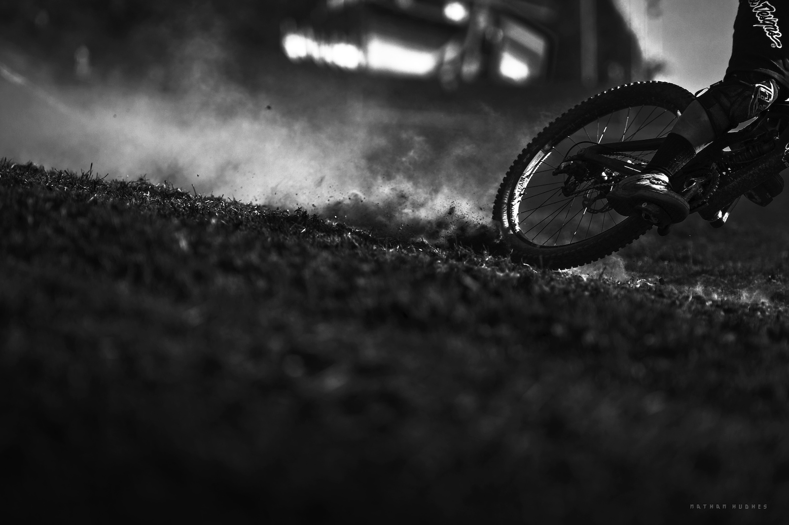 Smoldering dust inferno at the Schladming reawakening for the 2014 IXS. Copyright Nathan Hughes