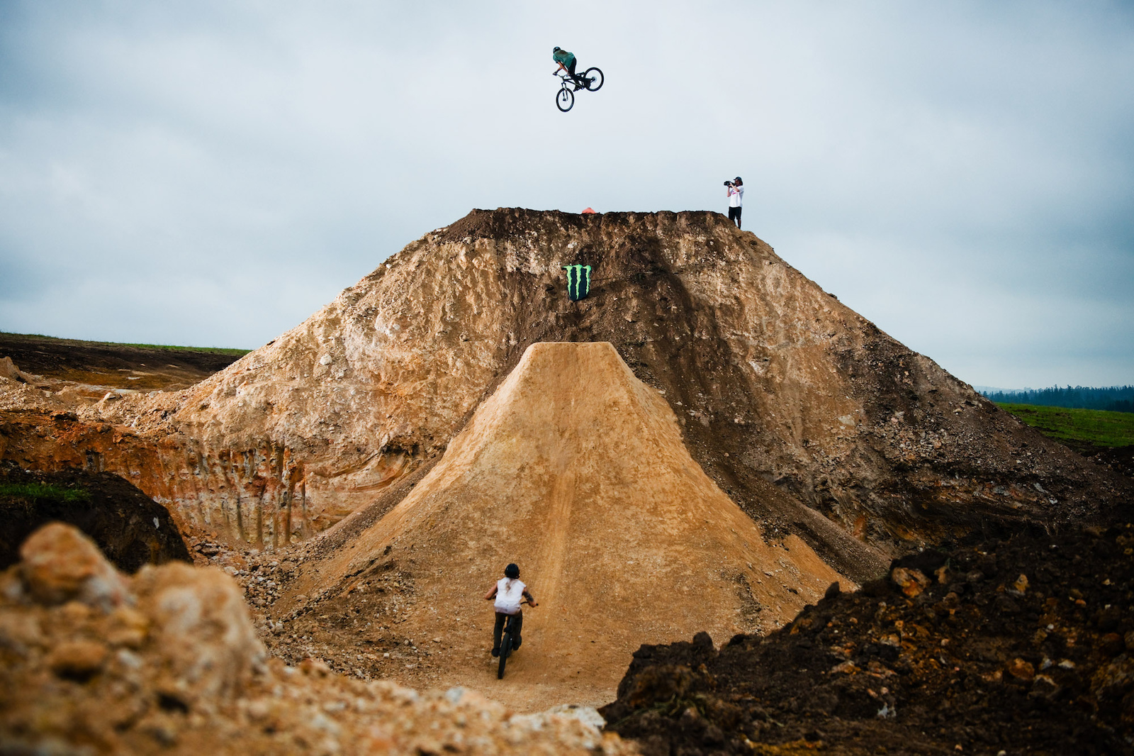The search for the ultimate whip as we all know is a quest that all men strive for and whipping this jump was an incredible sensation. Throwing my bike past 90 up there really excelled my wildest dreams Matt down there 40ft below ready to crank one out too.