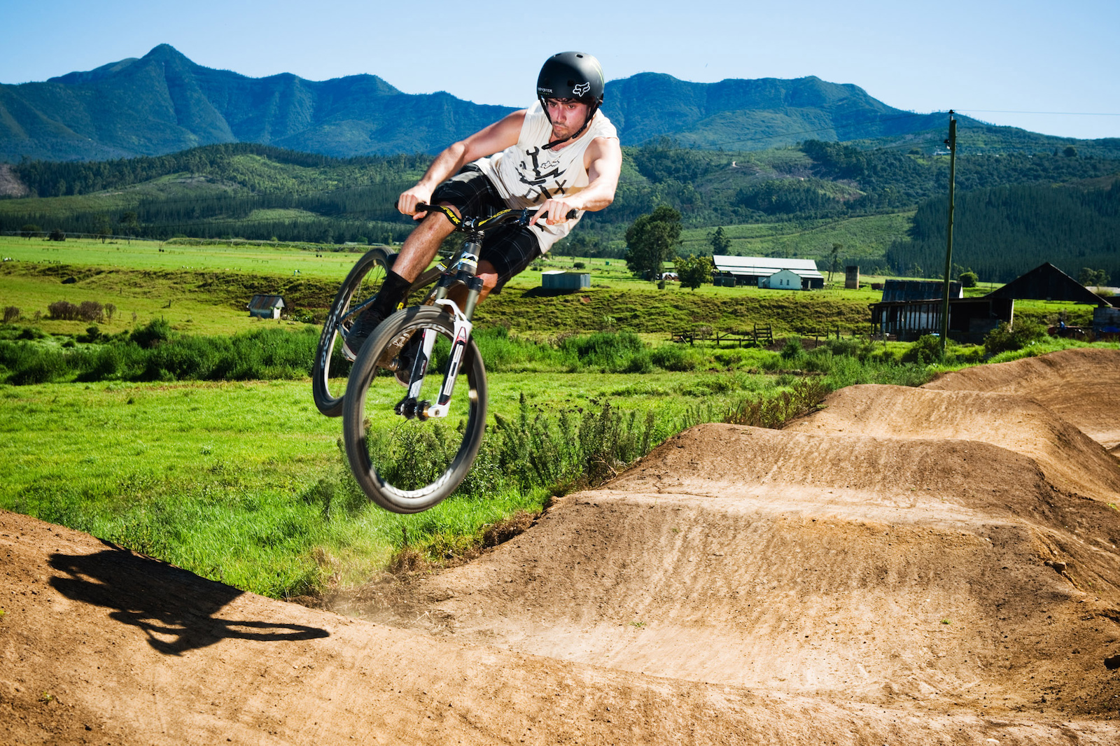 Every morning we rode down the newly renamed Milkshake Trail to the Garden Route Trail Park Cafe for breakfast and at least one Milkshake. Then we would ride the awesome pumptrack before heading up to continue work on the beast.