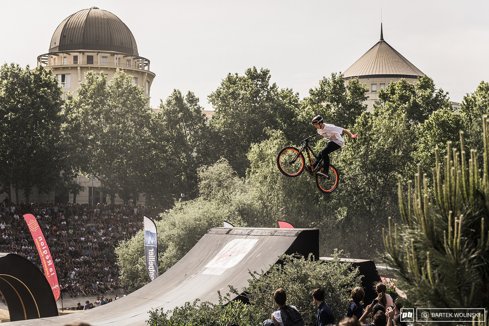 Tom van Steenbergen with his Canadian old timers like this suicide no hander.