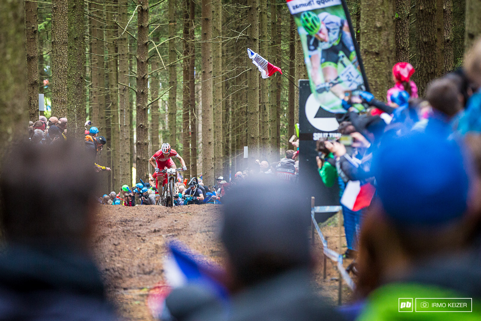Nove Mesto s forest was absolutely packed with spectators. Schurter s cheered to the top.