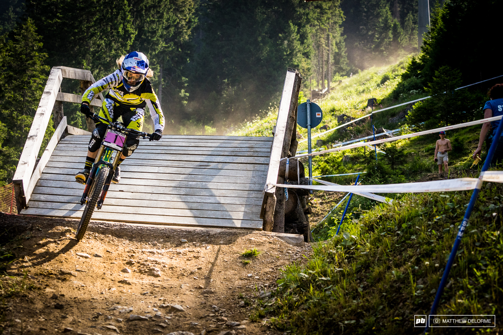 Rachel Atherton has full command of the season so far. She was five seconds up on second place Manon Carpenter.