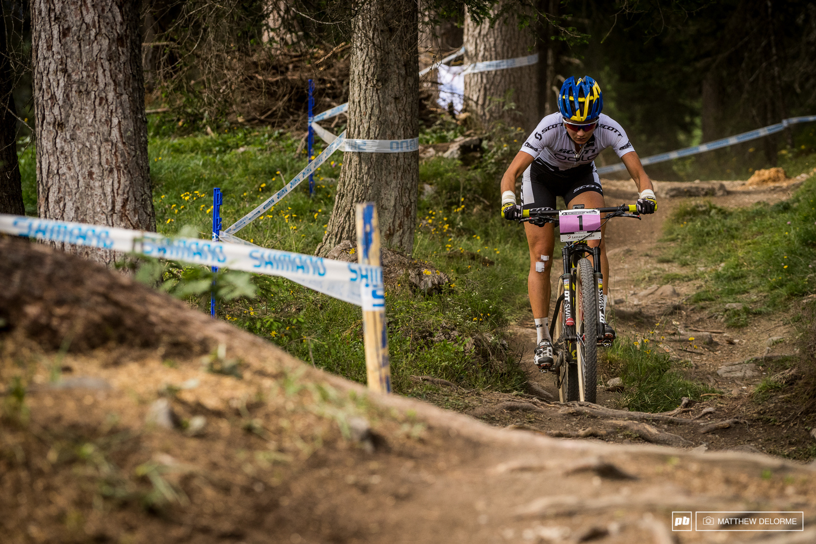 Jenny Rissveds took yet another win in the U23 women half a minute up on second place with a crash.