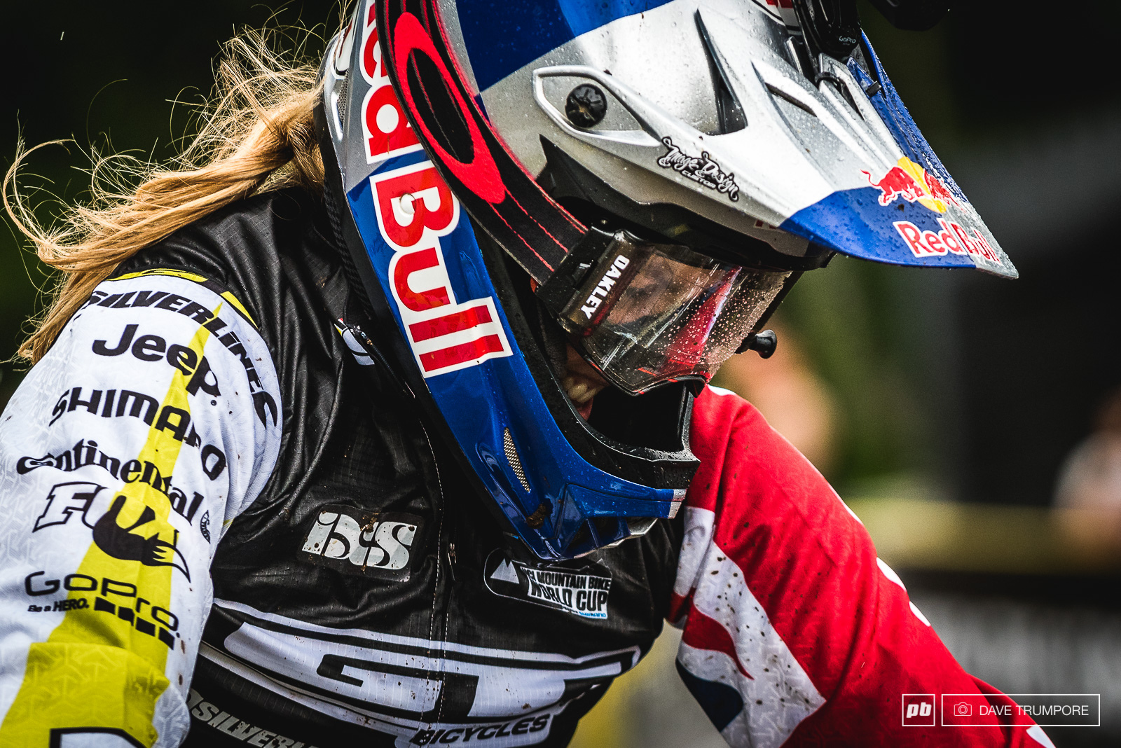 A mix of pain and pleasure on Rachel Atherton s face as she crossed the finish of Mont Sainte Anne s brutal track in 1st place.