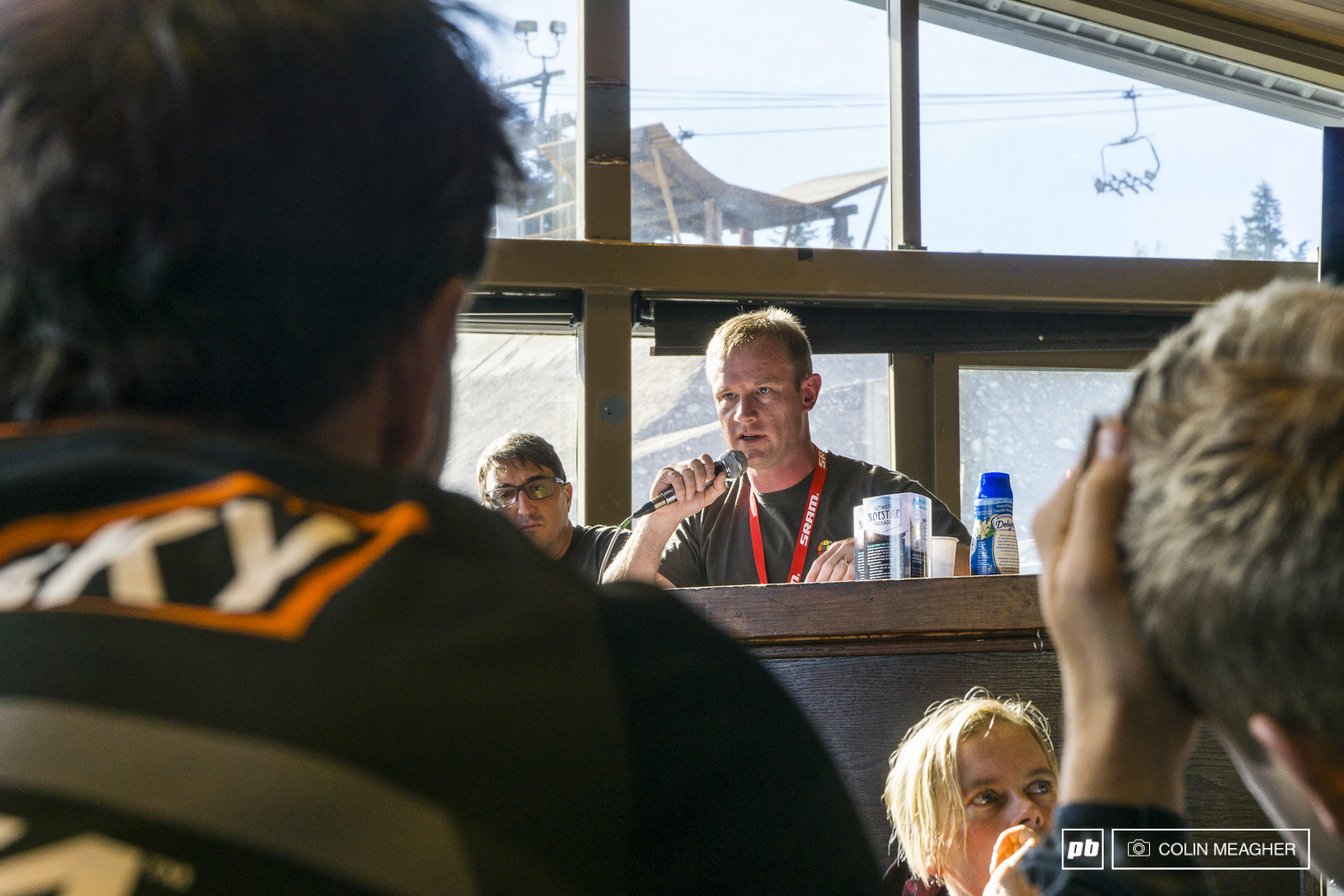 Darren Kinnaird describing the stages of the EWS to the racers at the rider s meeting on Friday morning.