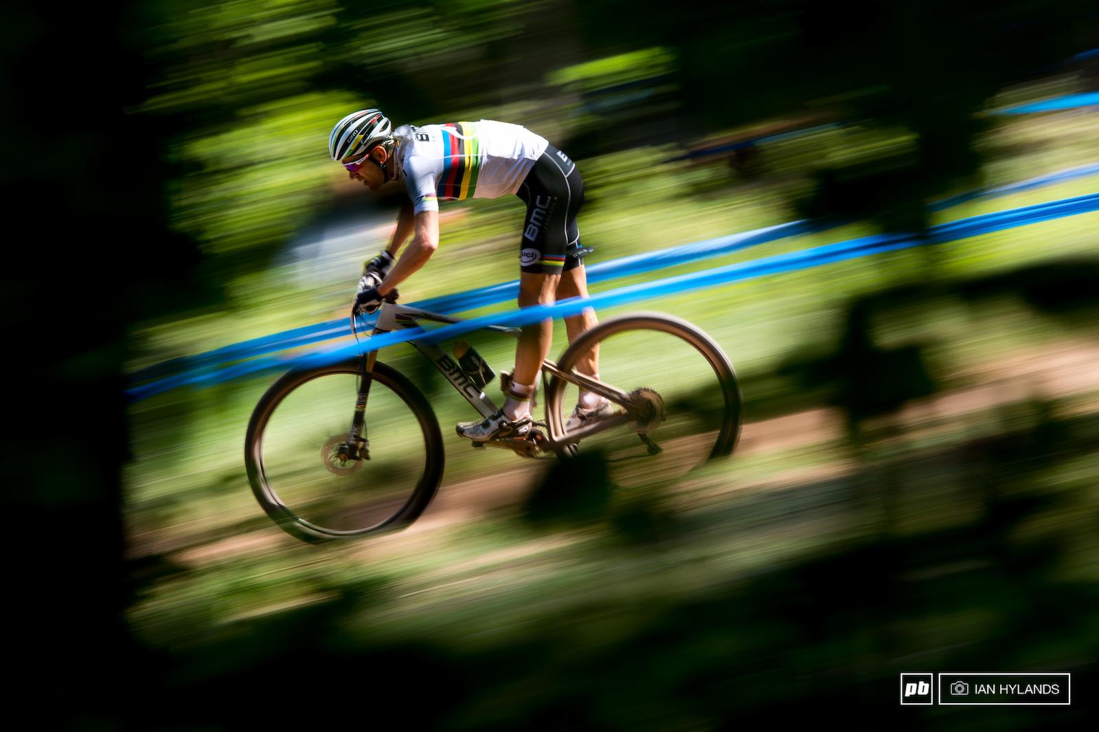 Julian Absalon takes a turn in the lead