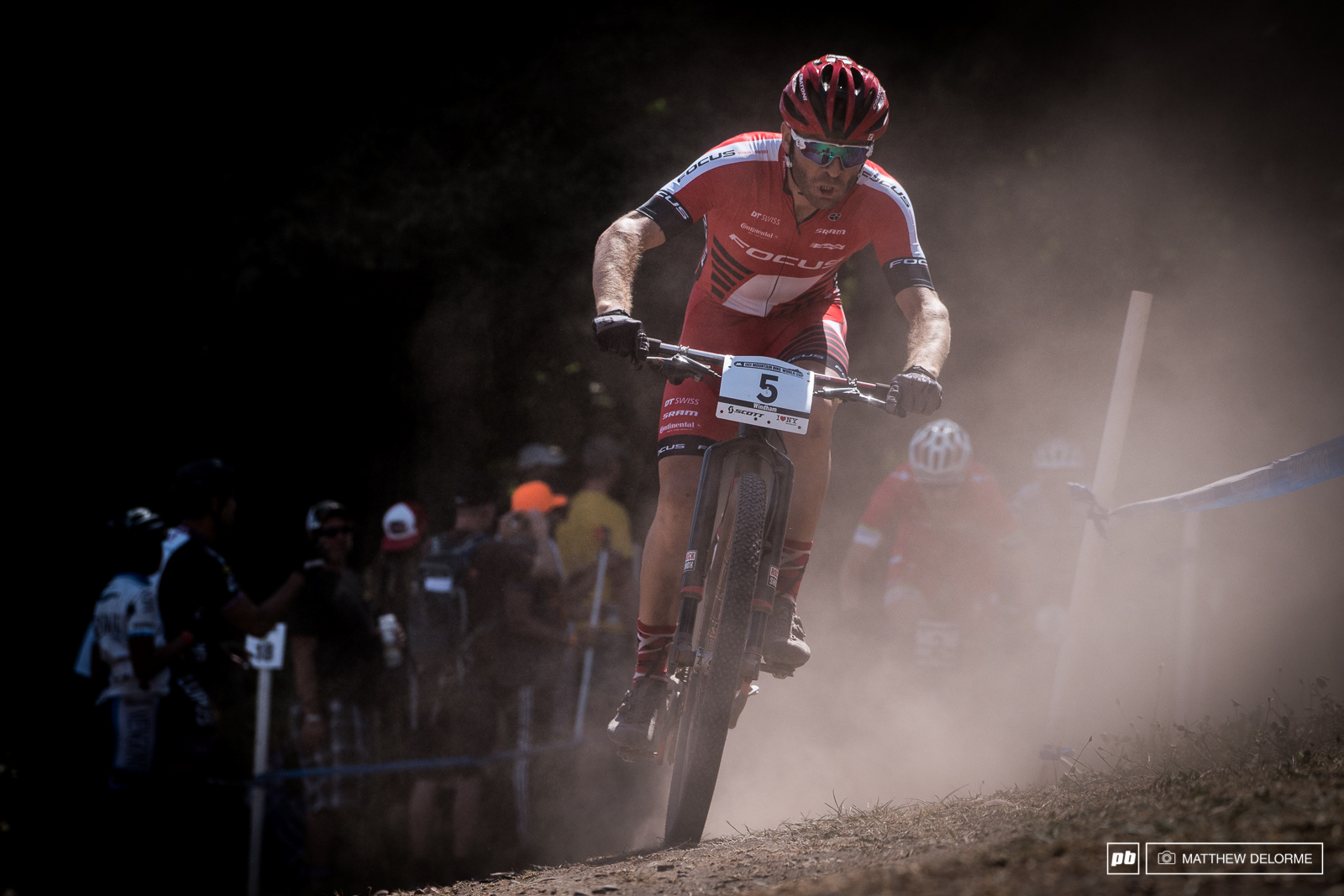 Florian Vogel finding his way though the dust cloud.