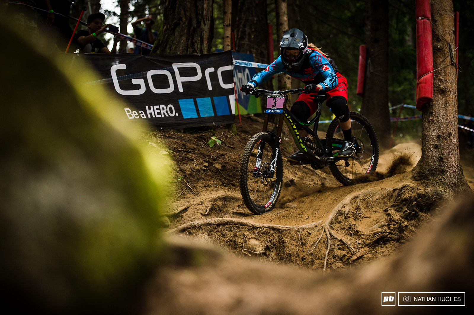 Tahnee Seagrave looked mighty wild in search of extra seconds on her race run today... Thankfully she held on for another podium to take third spot in the overall.