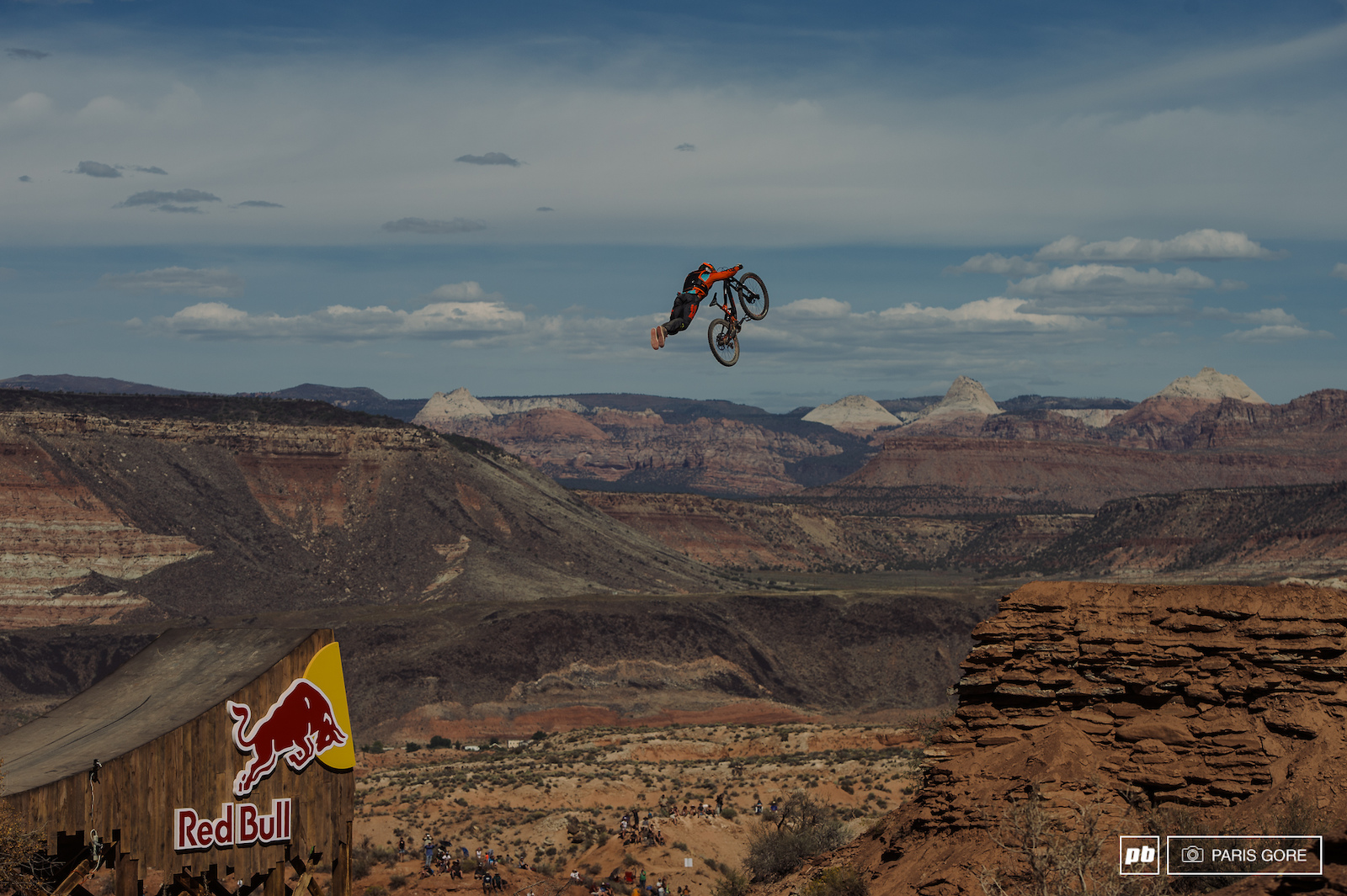 Same Renyolds superman over the canyon gap.