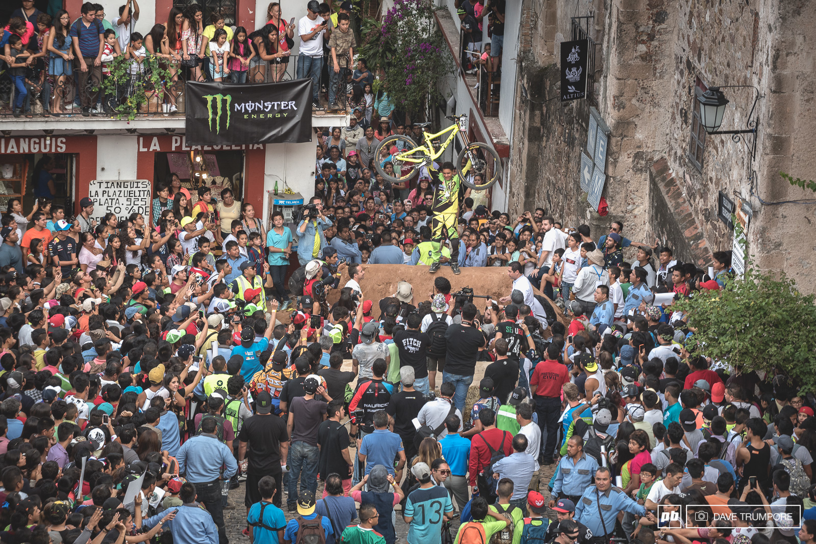 Bernardo Cruz is the king of Taxco for the second year in a row.