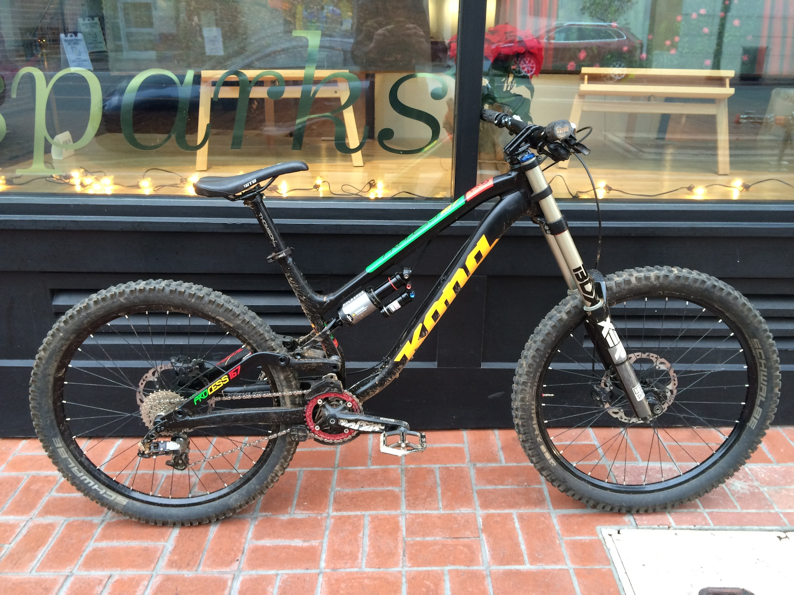 2016 Kona Process 167 in DH mode with Boxxer