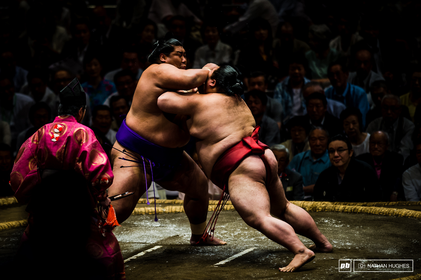 Sumo contests are held in Tokyo only twice a year and we got the timing right.