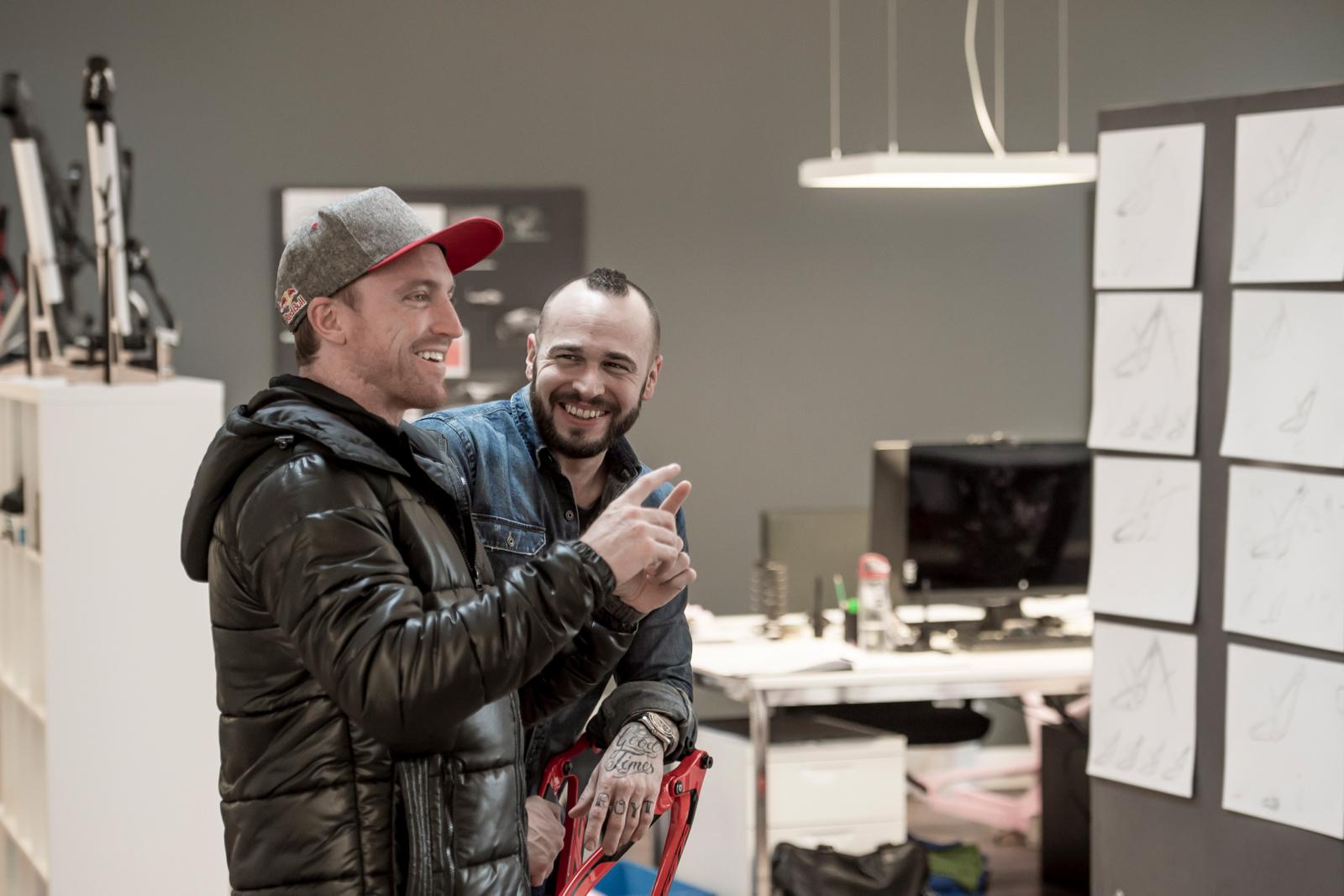 YT s Markus Flossman on Signing Aaron Gwin