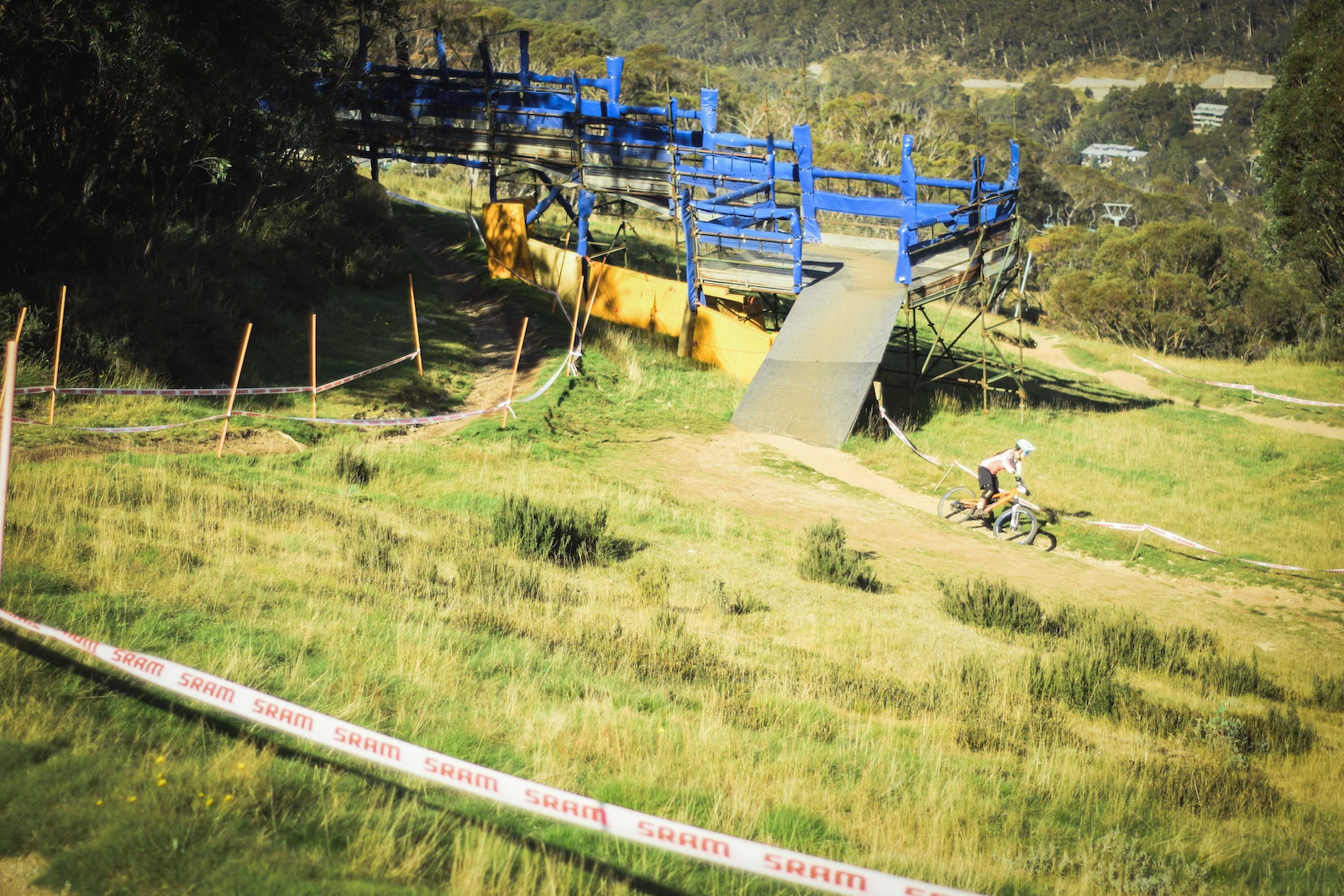Ellie Smith took out the win in both the U17 s SuperFlow and U19 s Downhill Enduro Congrats