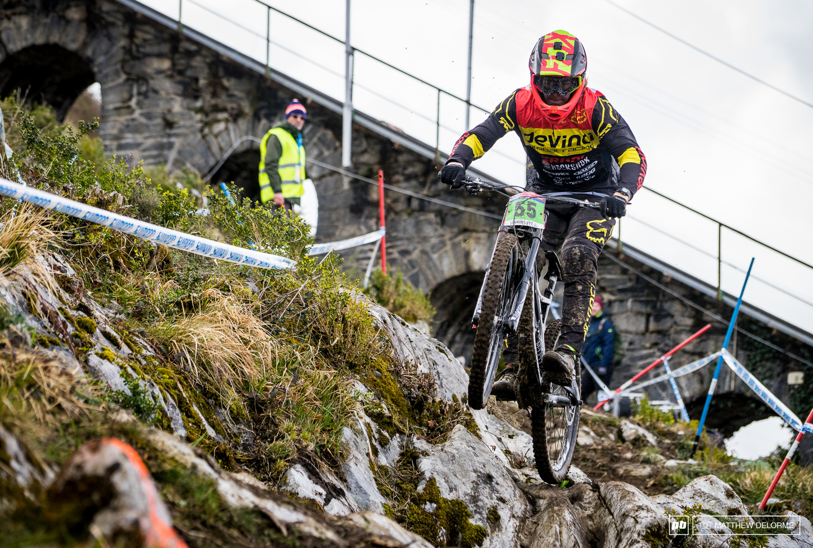 We last saw Brage Vestavik at Hafjell Worlds a couple years back as a course sweep and he looked like one to watch. Now he is racing as a Junior with Devinci Global racing. He still looks to be promising young talent.