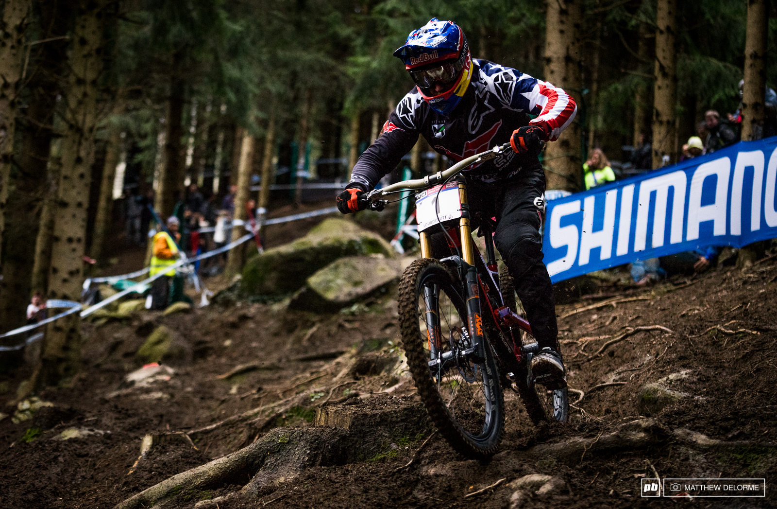 Aaron Gwin didn t have his best day out today. He crashed in qualifying finishing tenth. Can Gwinny put down a winning run tomorrow or is the throne now up for grabs by Loic
