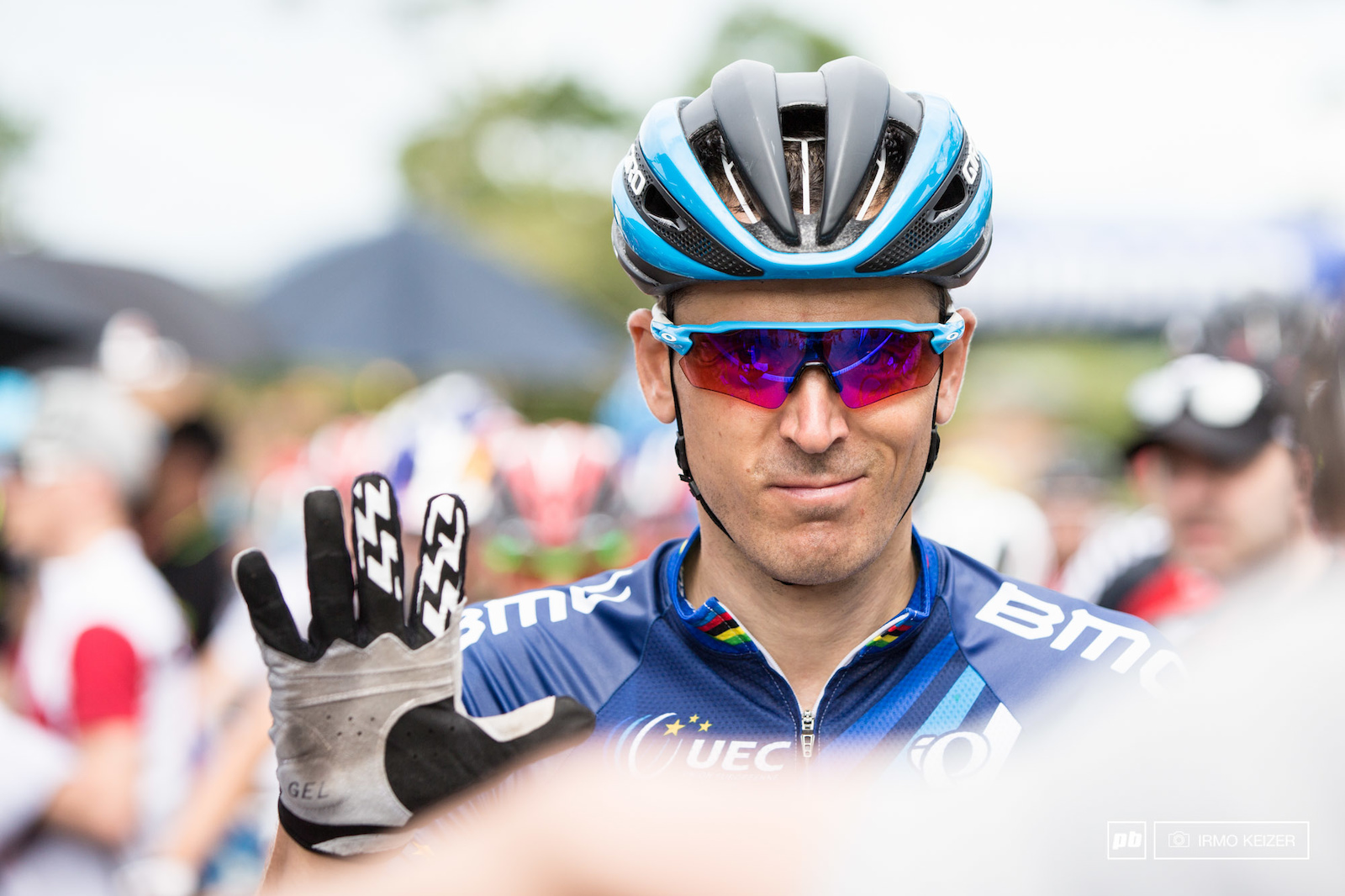 Julien Absalon moments from the start.