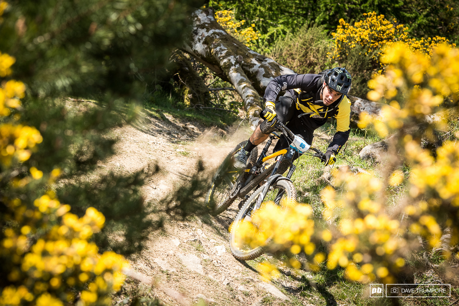 Flat pedals on the gas. What a day for Sam Hill to take 2nd just a few seconds back after 25 minutes of racing.
