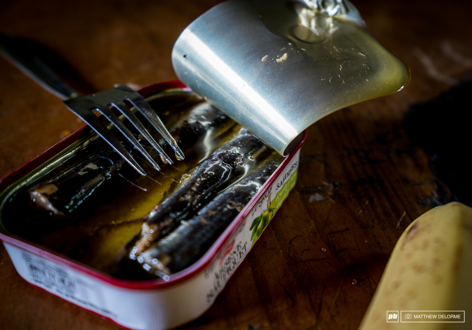 Lots of protein and and very packable. Sardines make a good lunch during a full day of hiking.