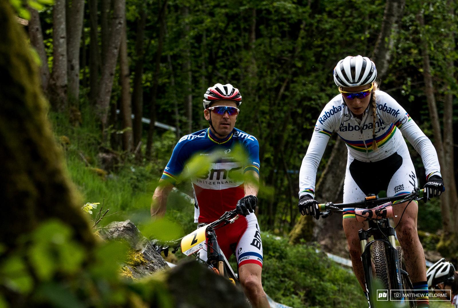 Pauline Ferrand Prevot showing Julien how it s done.