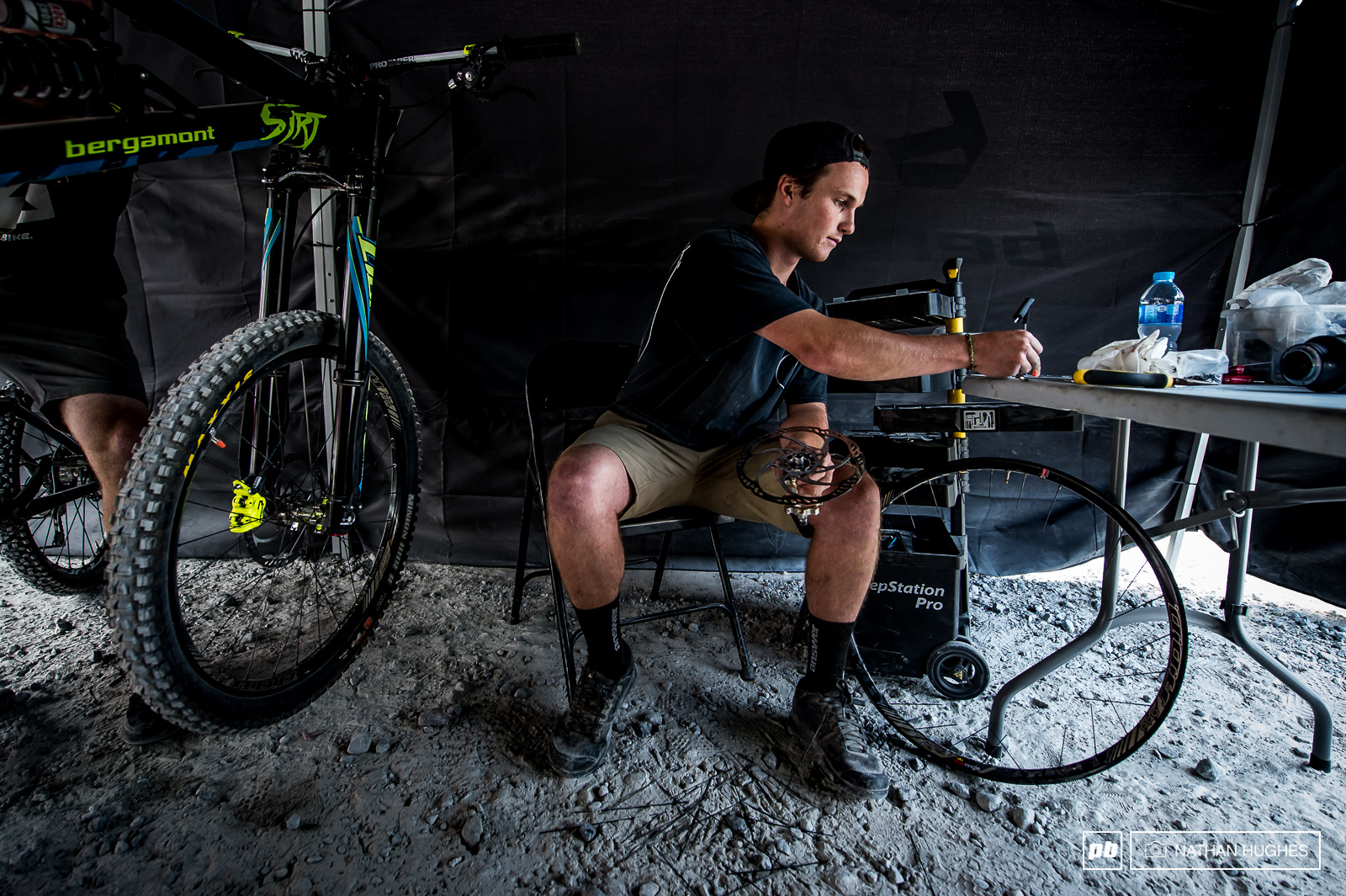 Eddy Masters mechanic Kurt giving the Bergamont some love after a wild ride.