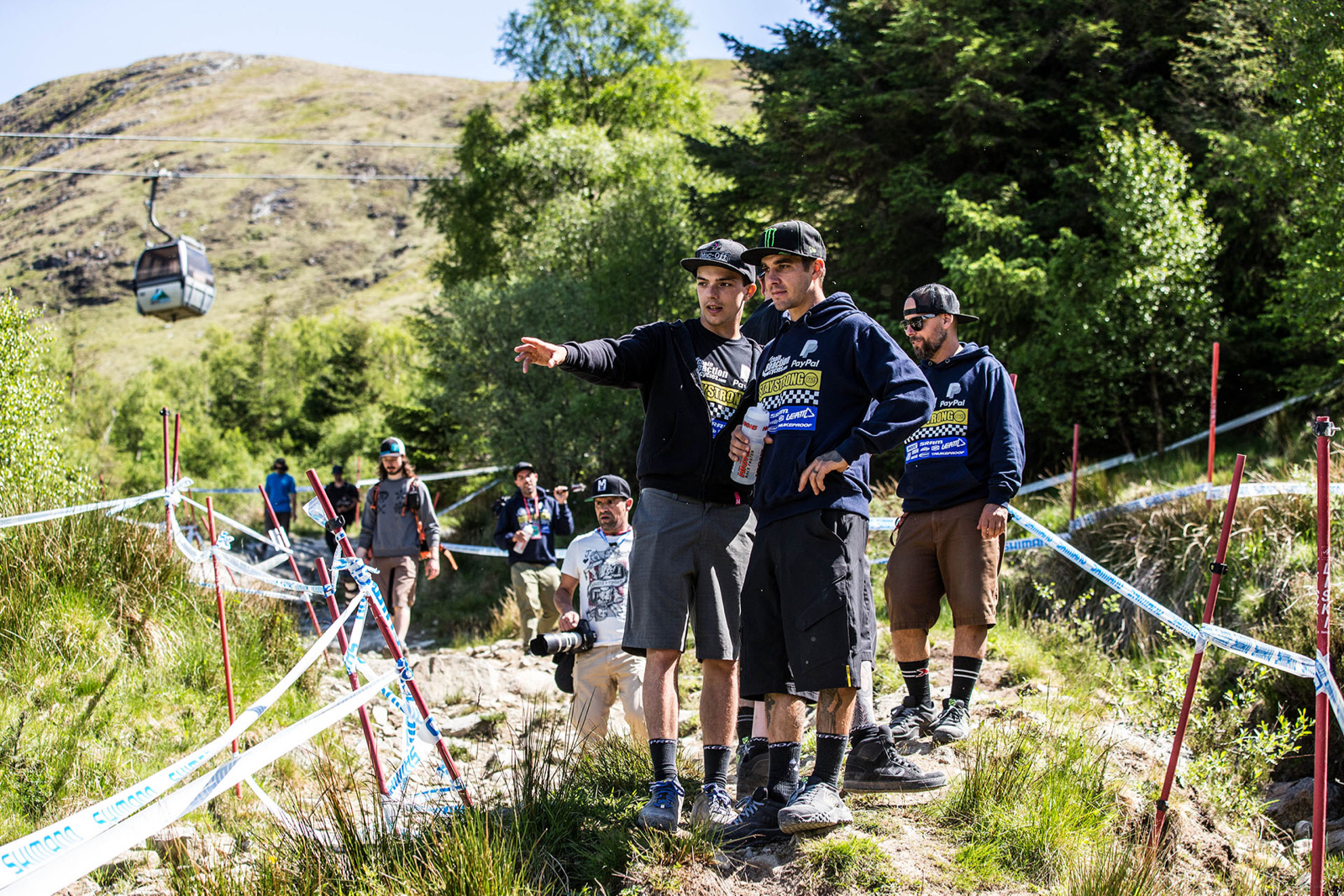 Team Chain Reaction Cycles Paypal - Fort William World Cup 2016. Photo credit Simon Nieborak