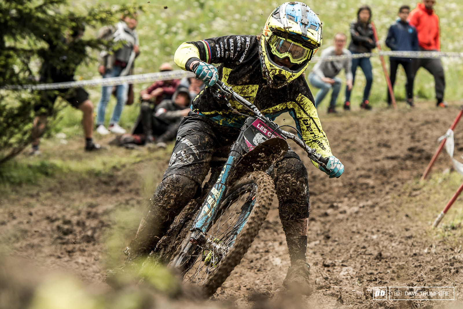 Morgane Charrhas looked extremely comfortable all weekend in the mud and being a life long flat pedal rider had no issues whatsoever. Unlike many of the other women who had switched from clips for this race only.