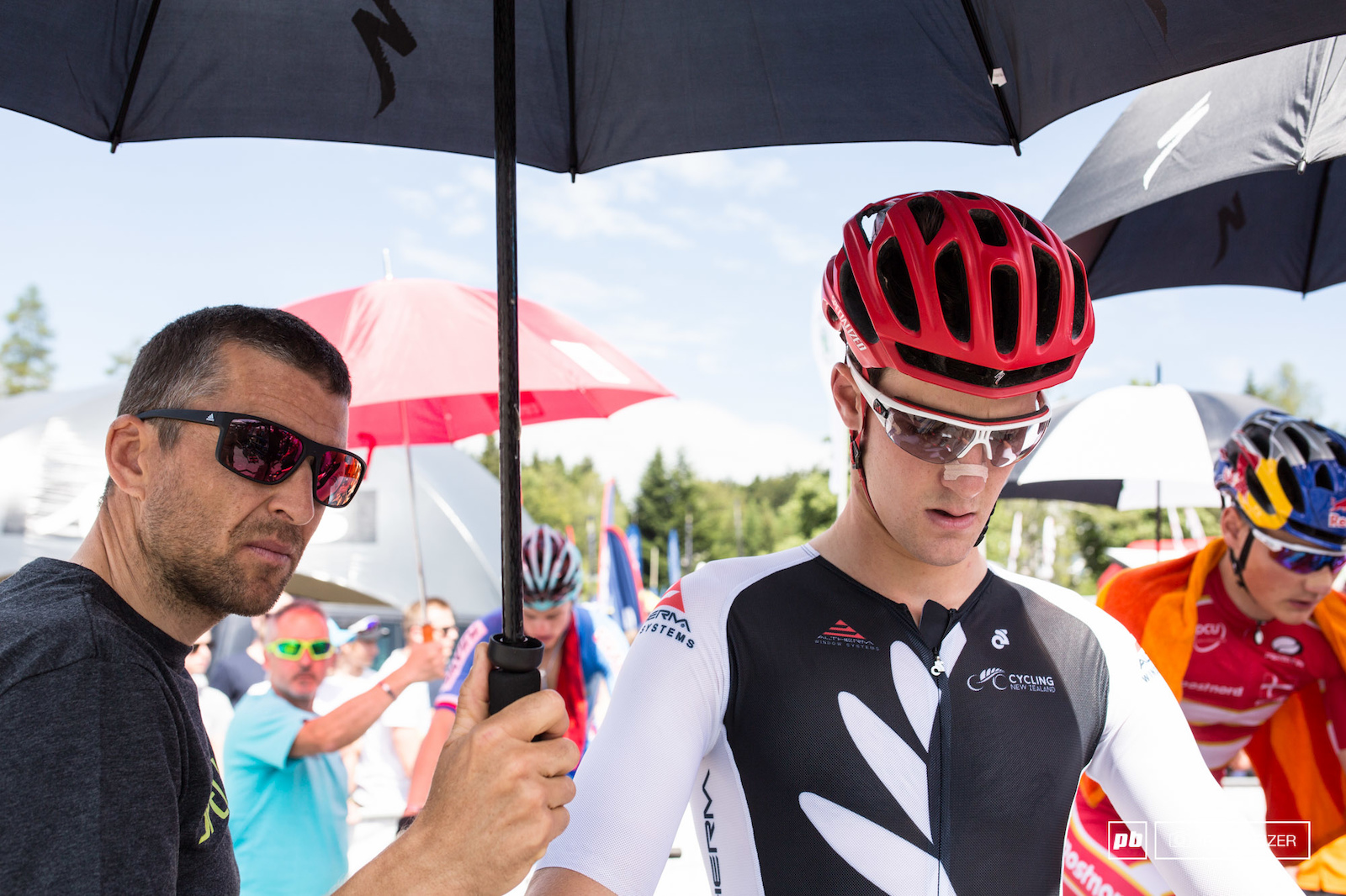 Christoph Sauser supporting the Specialized riders. Sam Gaze getting ready for the race.