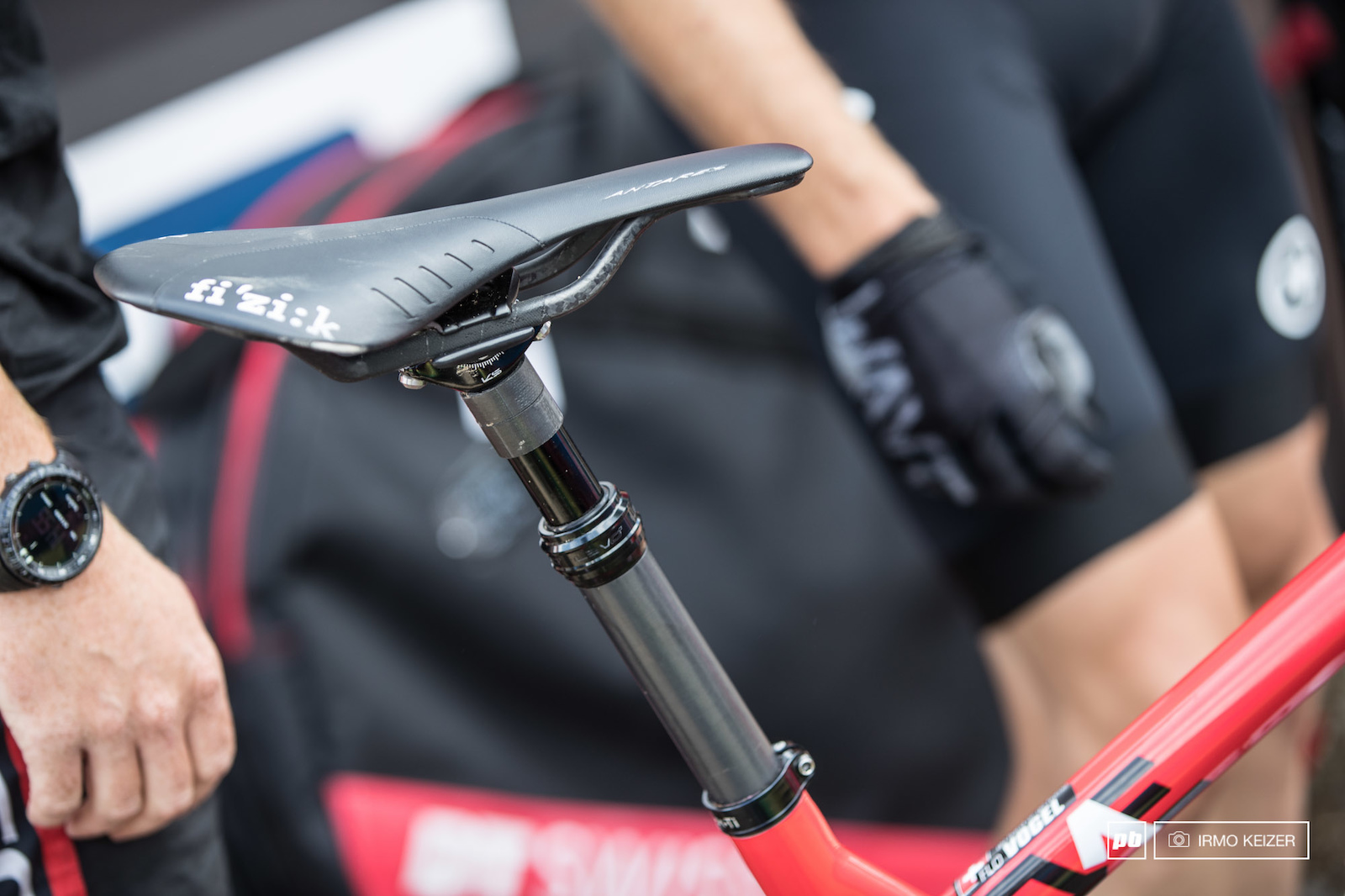 KS Lev s dropper seatpost is rocking on more and more XC bikes like on Florian Vogel s.