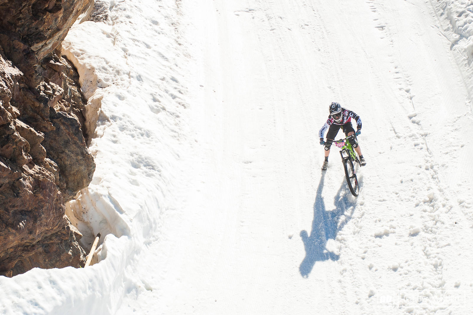 Winner Pauline took it steady on the top glacier who was in 4th after the first corner. She managed to overtake the three other competitors and took the win.