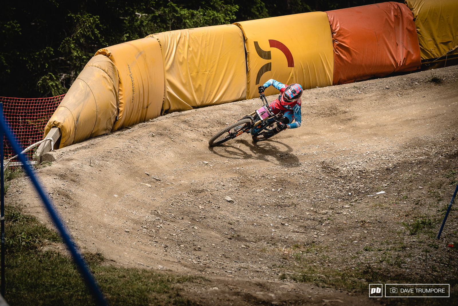 Fastest qualifier Tahnee Seagrave was close at every split and came just 0.70 away from ending Atherton s winning streak.