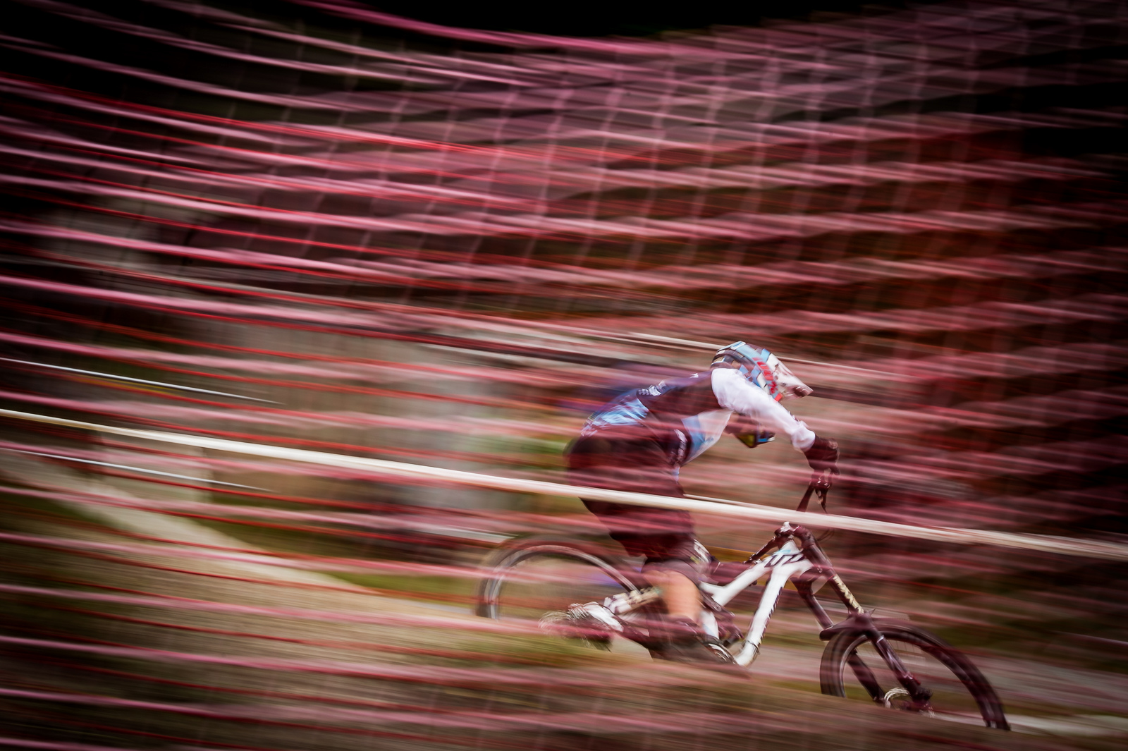 Moritz Ribarich scoring 7th spot for the Swiss DH Syndicate.