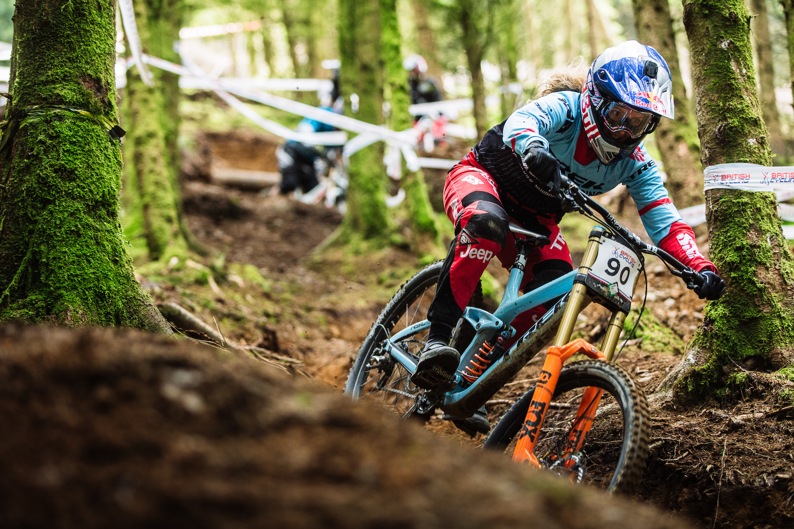 With Tahn e Seagrave closing the gap on Rachel Atherton s dominance at Lenzerheide she is riding with a point to prove on home turf. Riding the steep drop with more poise than most of the mens field she will be hard to beat on race day.