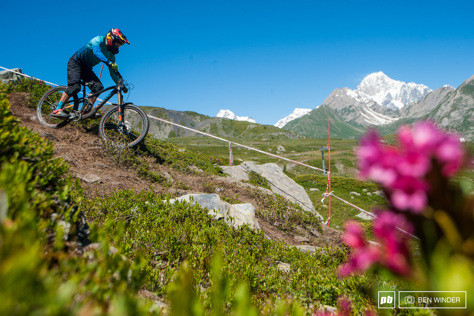 With Mont Blanc overlooking some of the trails this is why these racers go to such lengths to race here.
