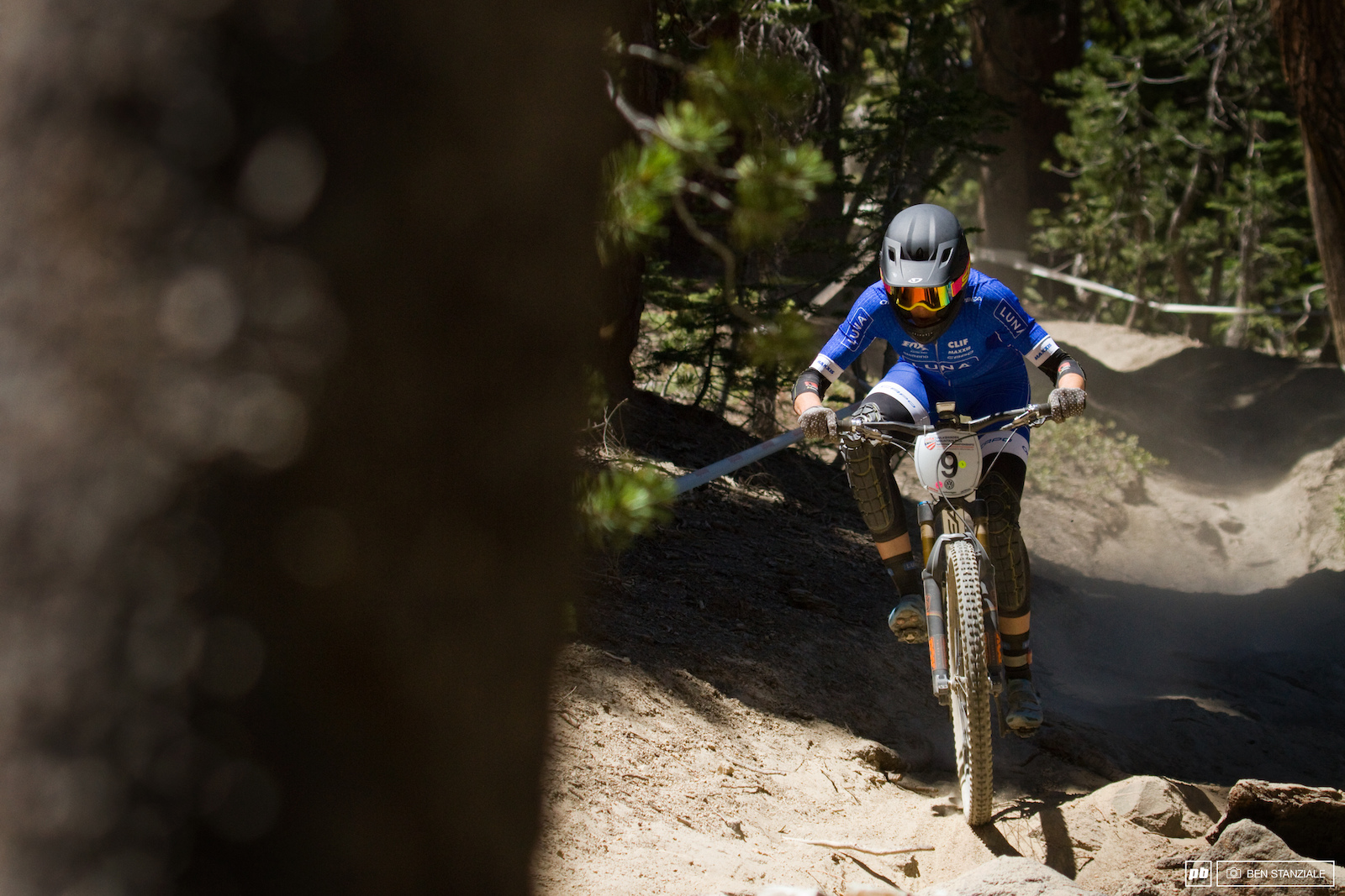 Georgia Gould having herself a solid weekend at Mammoth. 2nd Place in Saturday s Short Track XC and she takes the 5th spot in Sunday s Enduro.
