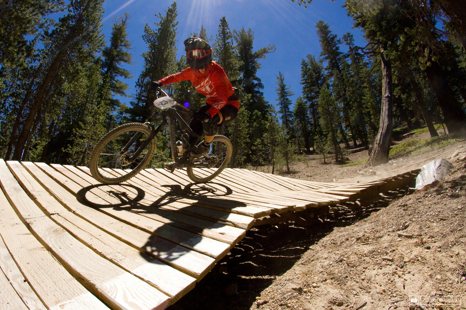 Porsha Murdock makes the trip to Mammoth from Oregon and for good reasons. Murdock rides into 2nd place for the day.