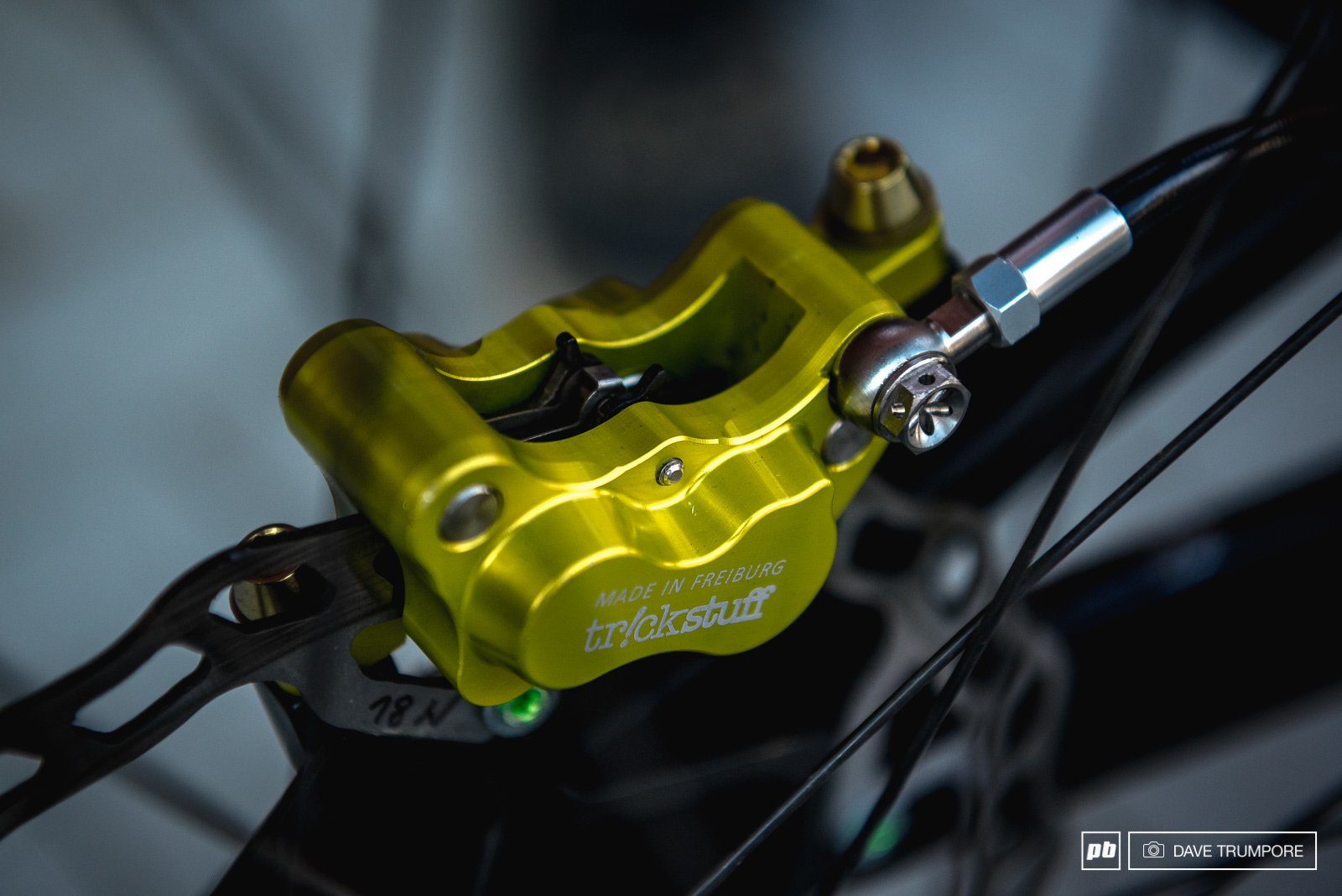 Mick Hannah has some anodized trickery on his brakes this weekend to match his Aussie paint job.
