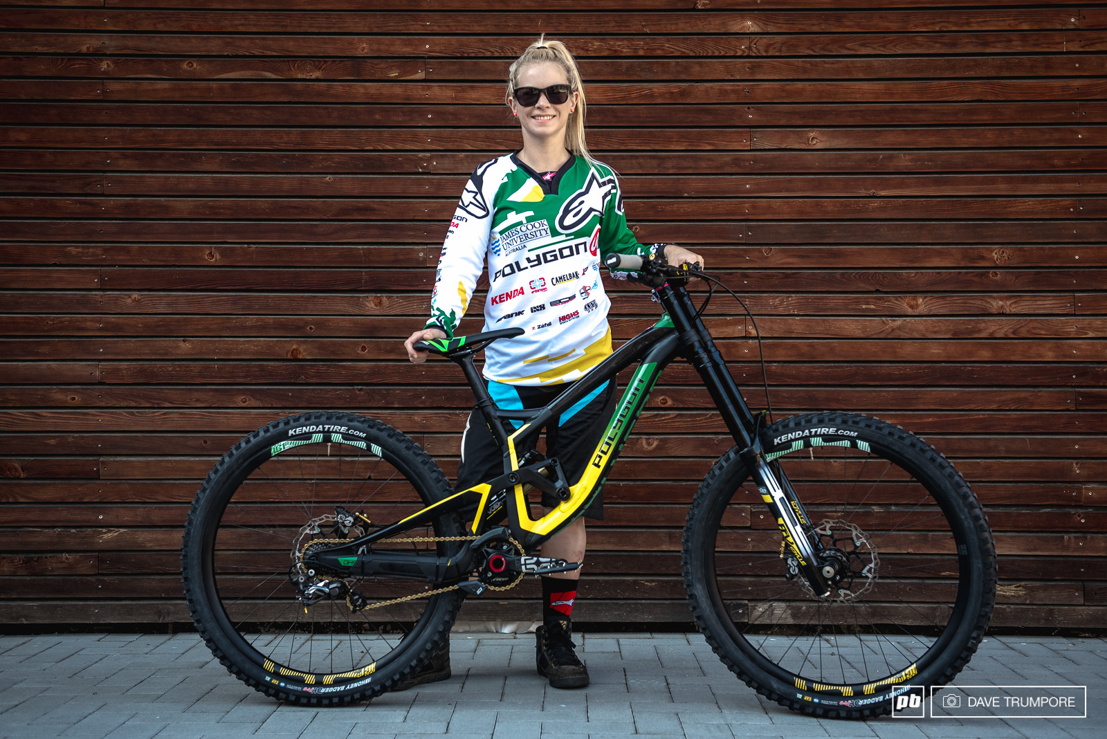 Tracey Hannah and her custom Polygon a fresh new World Champs kit from Alpinestars.