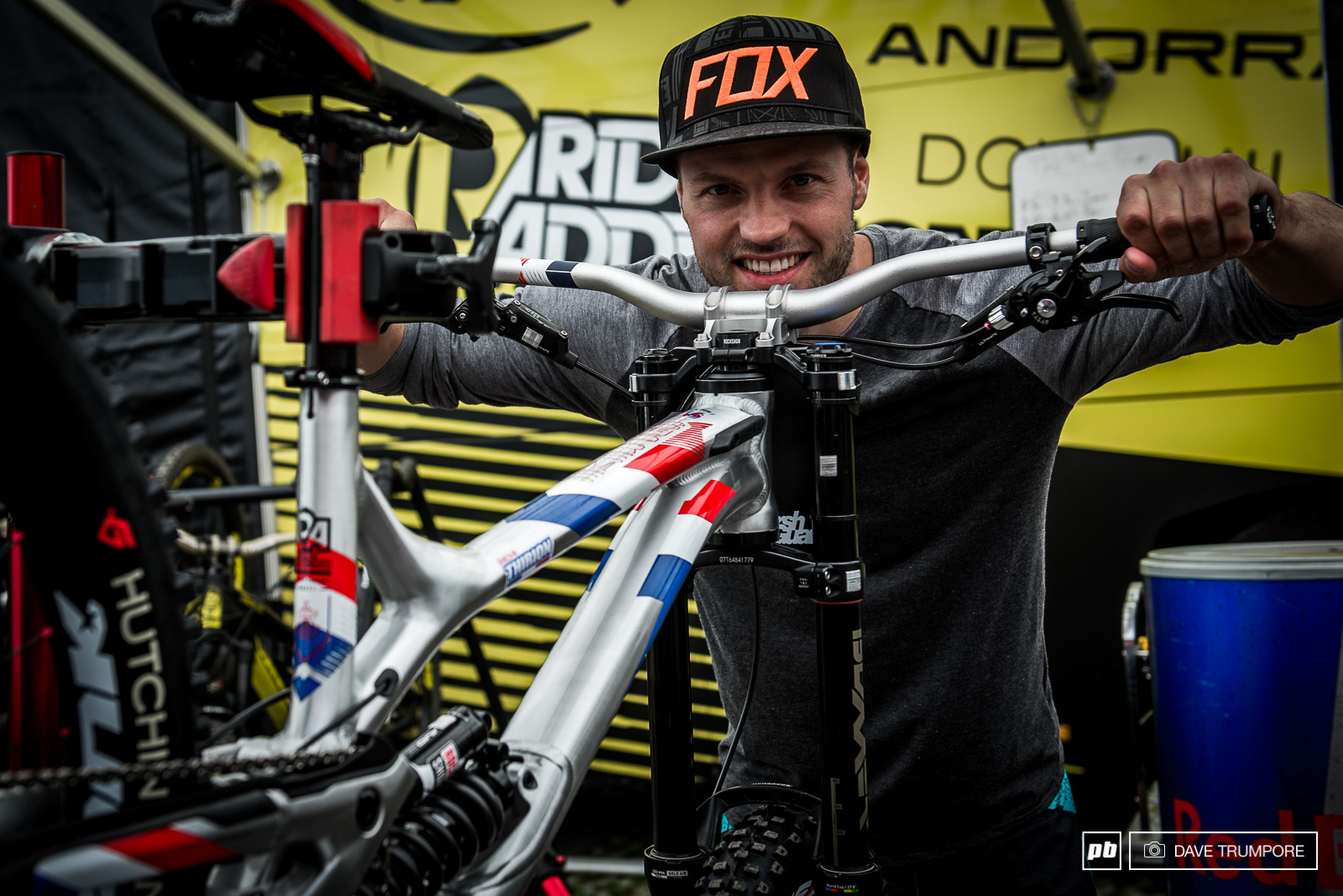 Remi Thirion s Commencal Supreme DH