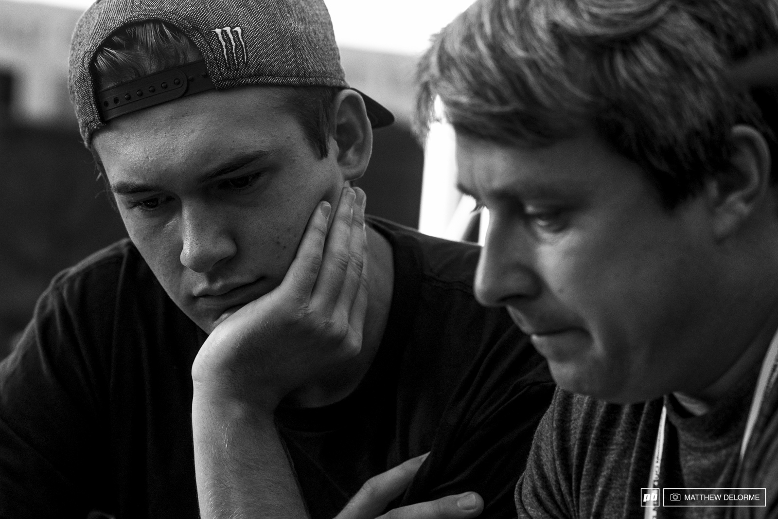 Charilie Harrison goes over practice footage with Dan Brown. Harrison could end up with a good result here given his past two world cups.