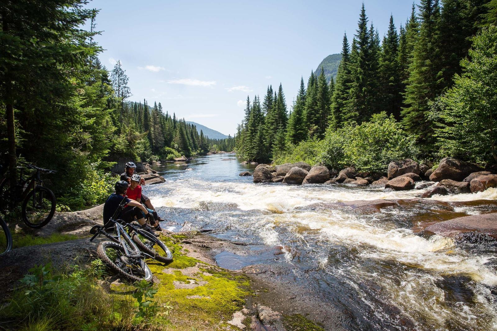 Trailside riverbank breaks. PHOTO Ben Gavelda