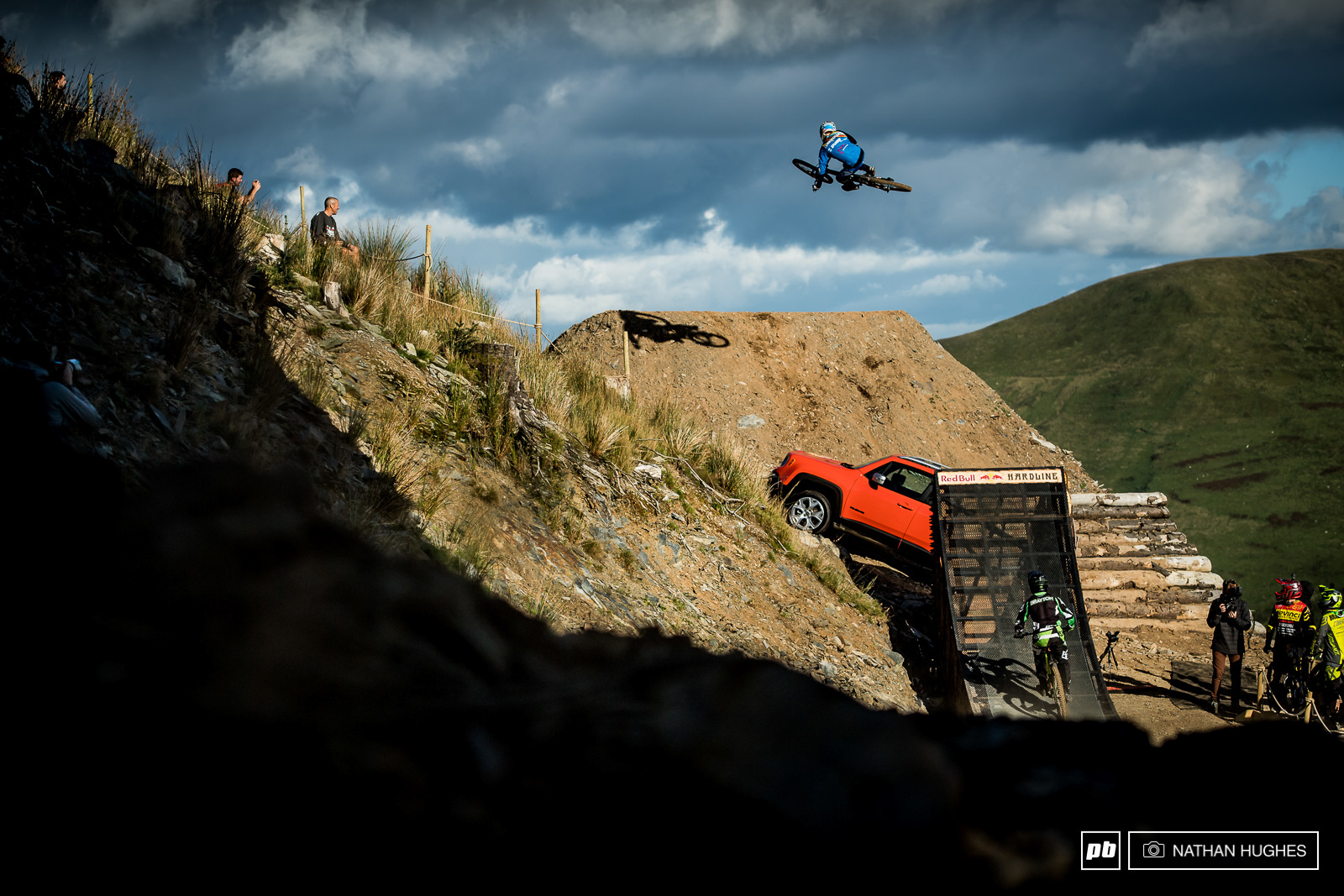 Last year s champ Ruaridh Cunningham showing exactly how the Renegade jump should be boosted.