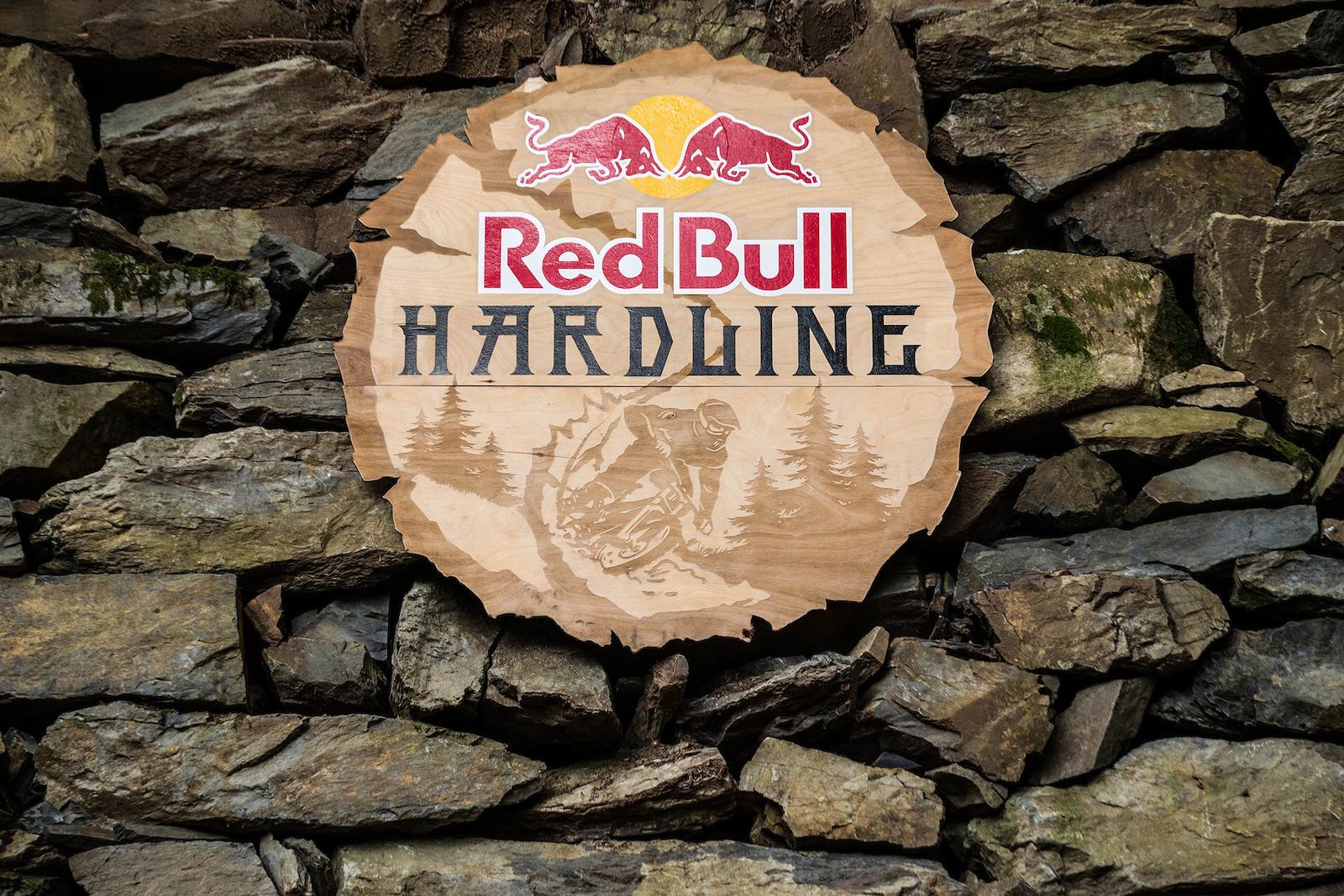 Red Bull Hard Line 2016 - Practice