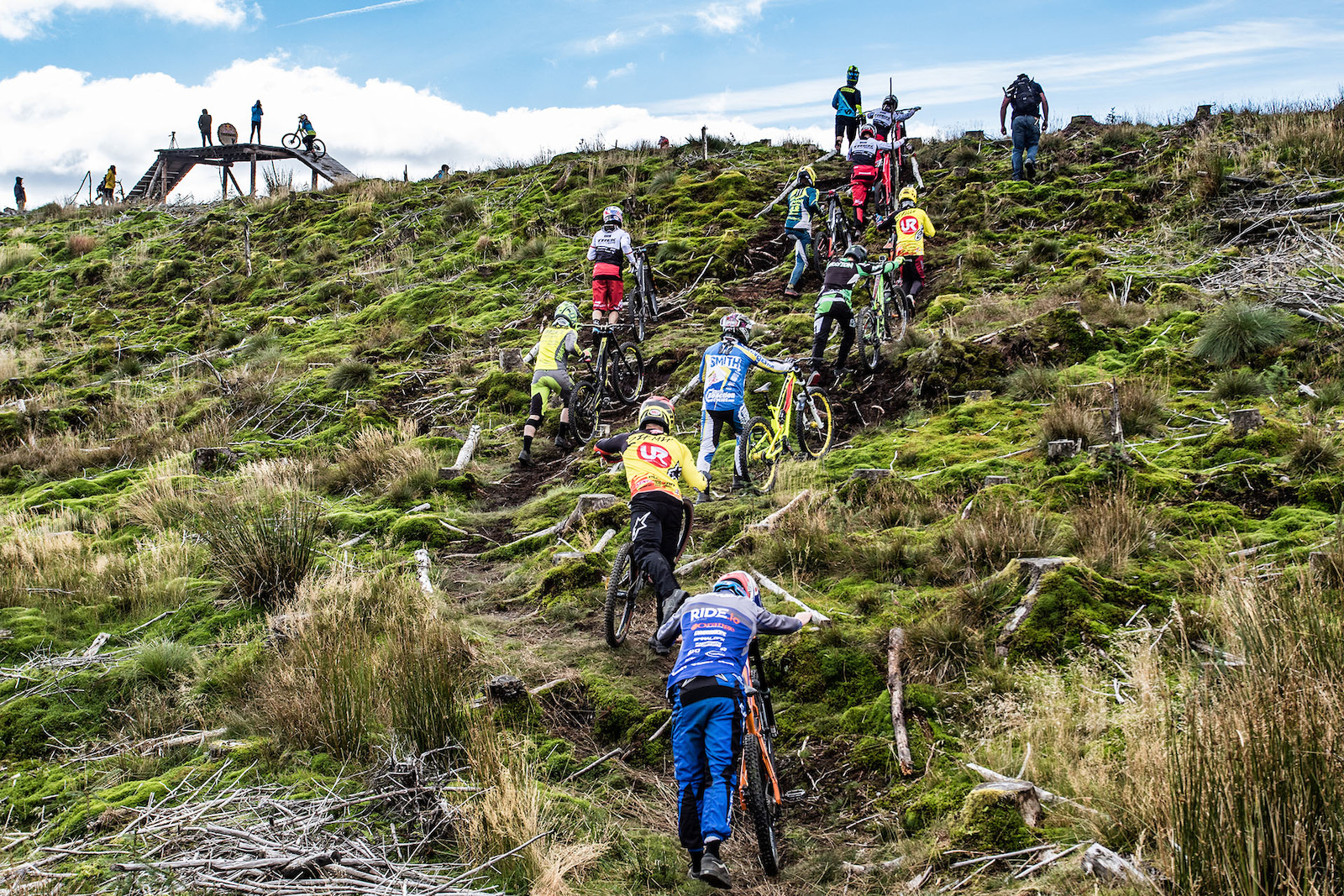 Once out the uplift the riders have a short uphill push to reach the starting platform.