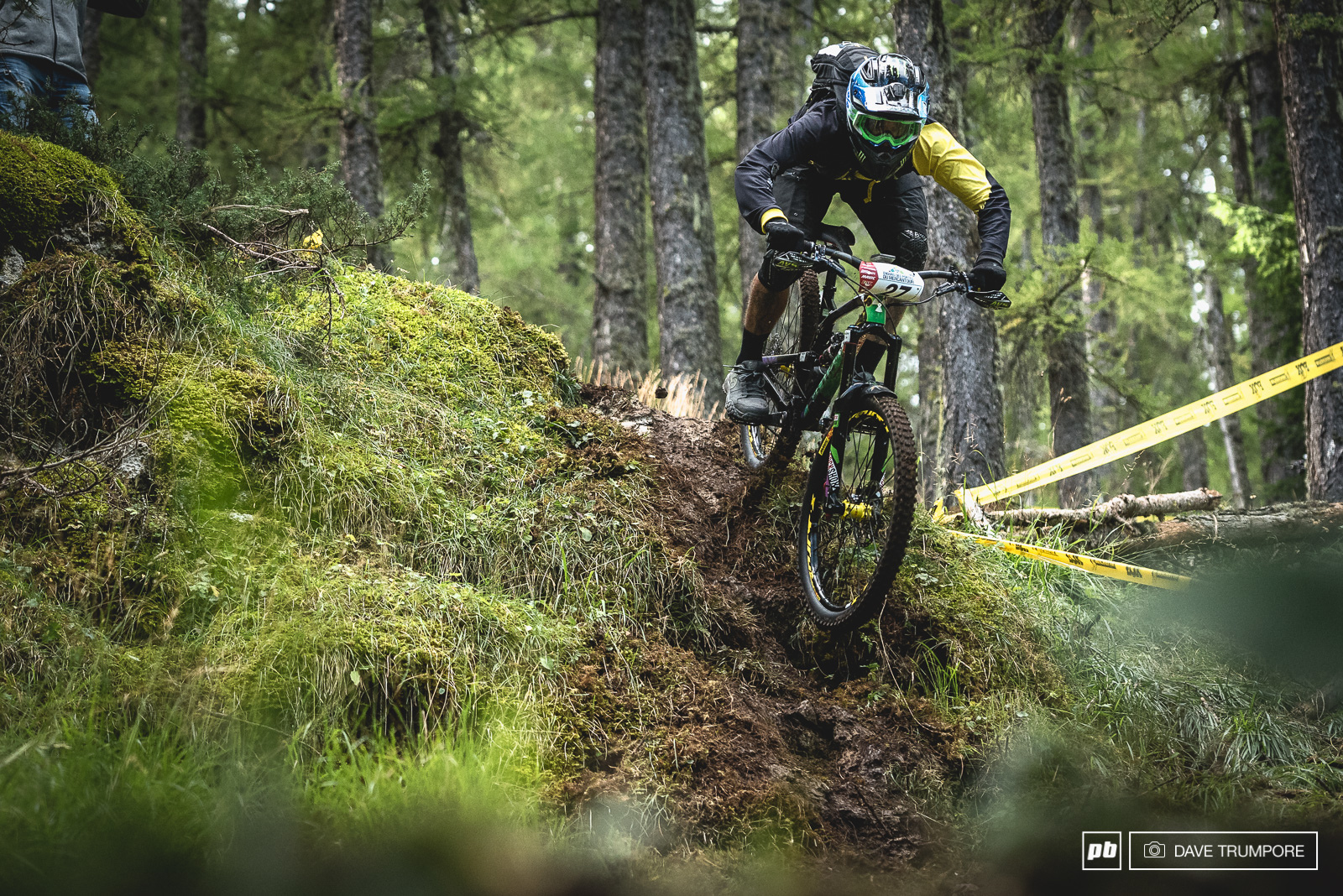 What a weekend for this guy. After two second places finishes at earlier rounds Sam Hill finally put it all together to take the win. Just days after announcing that he will contest the entire series in 2017.