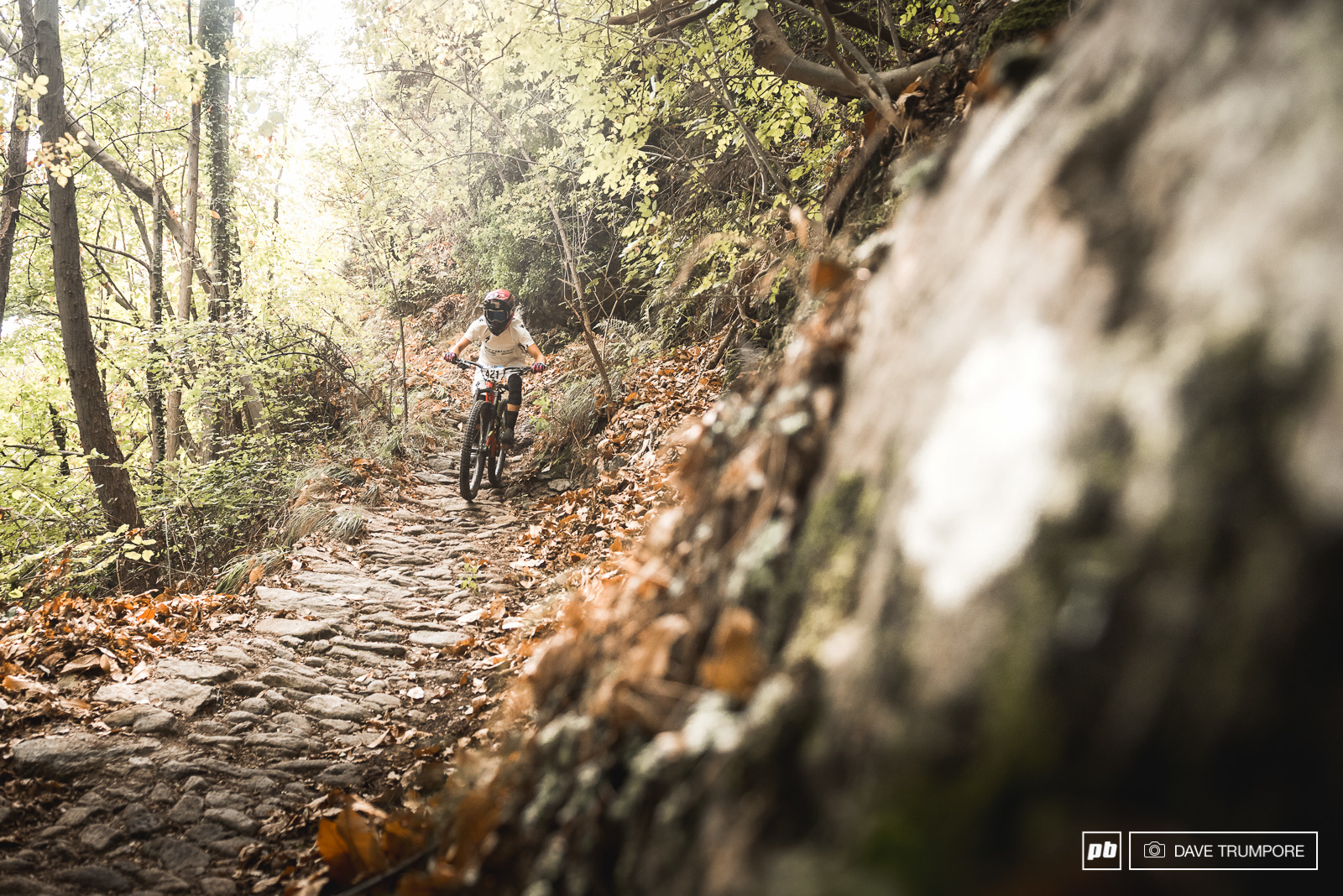 Hannah Barnes descends the rough old cobblestone road that makes up the final section of stage 1.
